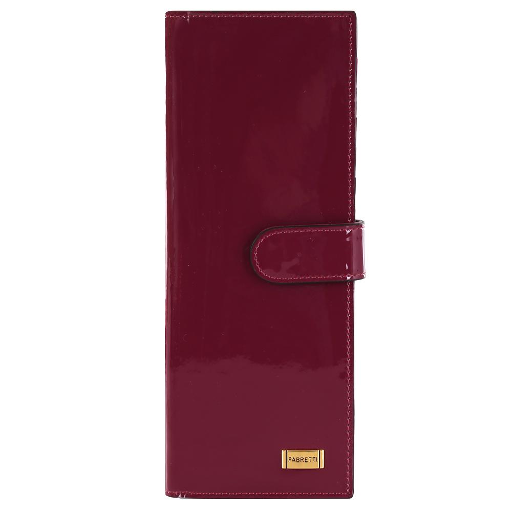 Визитница женская Fabretti, цвет: пурпурный. 8150281502-purple LЯркая и вместительная визитница от итальянского бренда Fabretti выполнена из натуральной лакированной кожи которая имеет невероятно гладкую фактуру. Фурнитура, выполненная в золотом оттенке, и насыщенный винный цвет, превращают модель в утонченный и изысканный аксессуар. Внутри 40 отделений для кредитных и дисконтных карт, а также 17 кожаных карманов.
