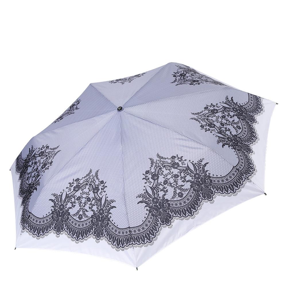 Зонт женский Fabretti, цвет: серый. P-17101-21P-17101-21Компактный зонт от итальянского бренда Fabretti очень легок, поэтому без труда поместится в любую женскую сумку. Изысканный серый цвет в сочетании с изысканным принтом в стиле барокко сделают вас неотразимой в любую непогоду! Материал купола - эпонж, обладает высокой прочностью и износостойкостью. Вода на куполе из такого материала скатывается каплями вниз, а не впитывается, на нем практически не видны следы изгибов. Эргономичная ручка сделана из высококачественного пластика-полиуретана с противоскользящей обработкой.