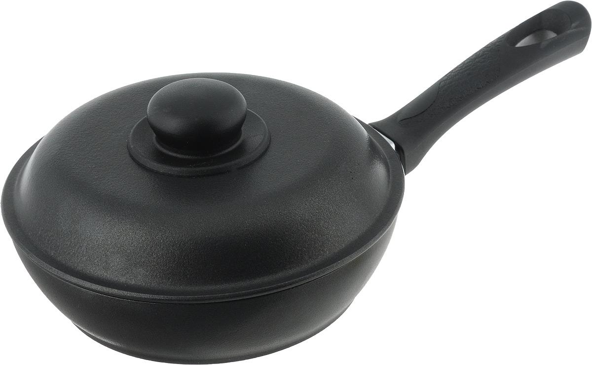 Сковорода Алита Алена с крышкой, с антипригарным покрытием. Диаметр 20 см10211Сковорода Алита Алена изготовлена из литого алюминия с двухсторонним антипригарным покрытием. Благодаря такому покрытию, пища не пригорает и не прилипает к стенкам, готовить можно с минимальным количеством масла и жиров. Гладкая поверхность обеспечивает легкость ухода за посудой. Сковорода оснащена удобной ручкой и крышкой с пластиковой ручкой. Подходит для использования на всех типах плит, кроме индукционных. Внутренний диаметр сковороды: 20 см. Высота стенки: 5,5 см. Длина ручки: 17,5 см.
