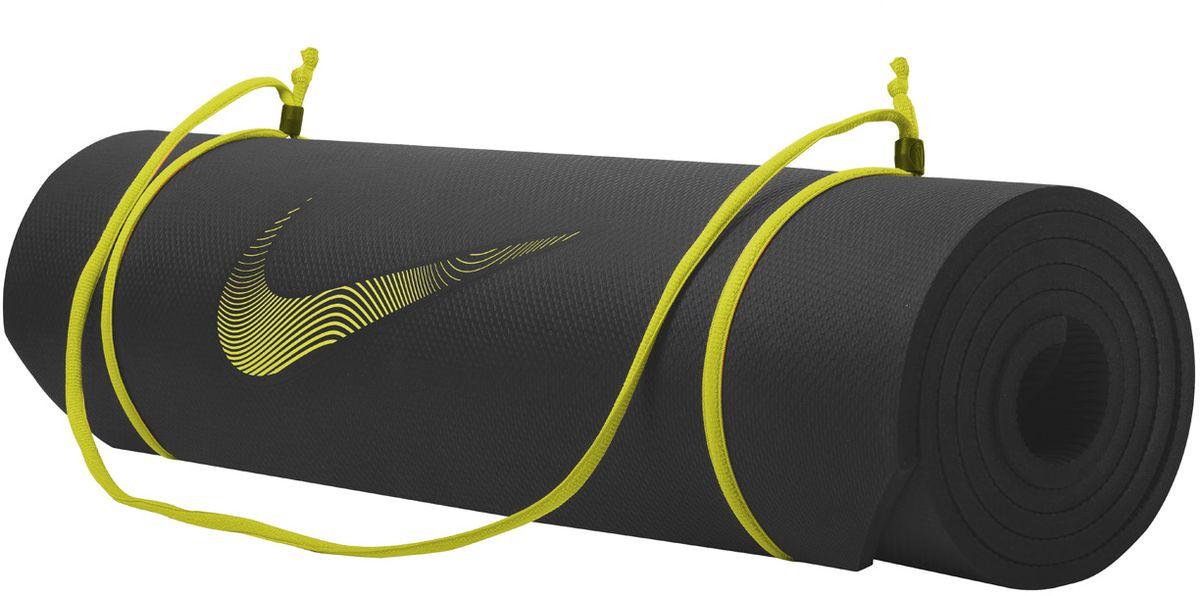 Тренировочный мат Nike Training Mat 2.0, цвет: черный, желтыйN.EX.10.023.NSИдеально ровный в развернутом состоянии и легко сворачивается для компактного хранения. Толщина 8мм обеспечивает комфорт во время тренировок. Регулируемая лямка для переноски.