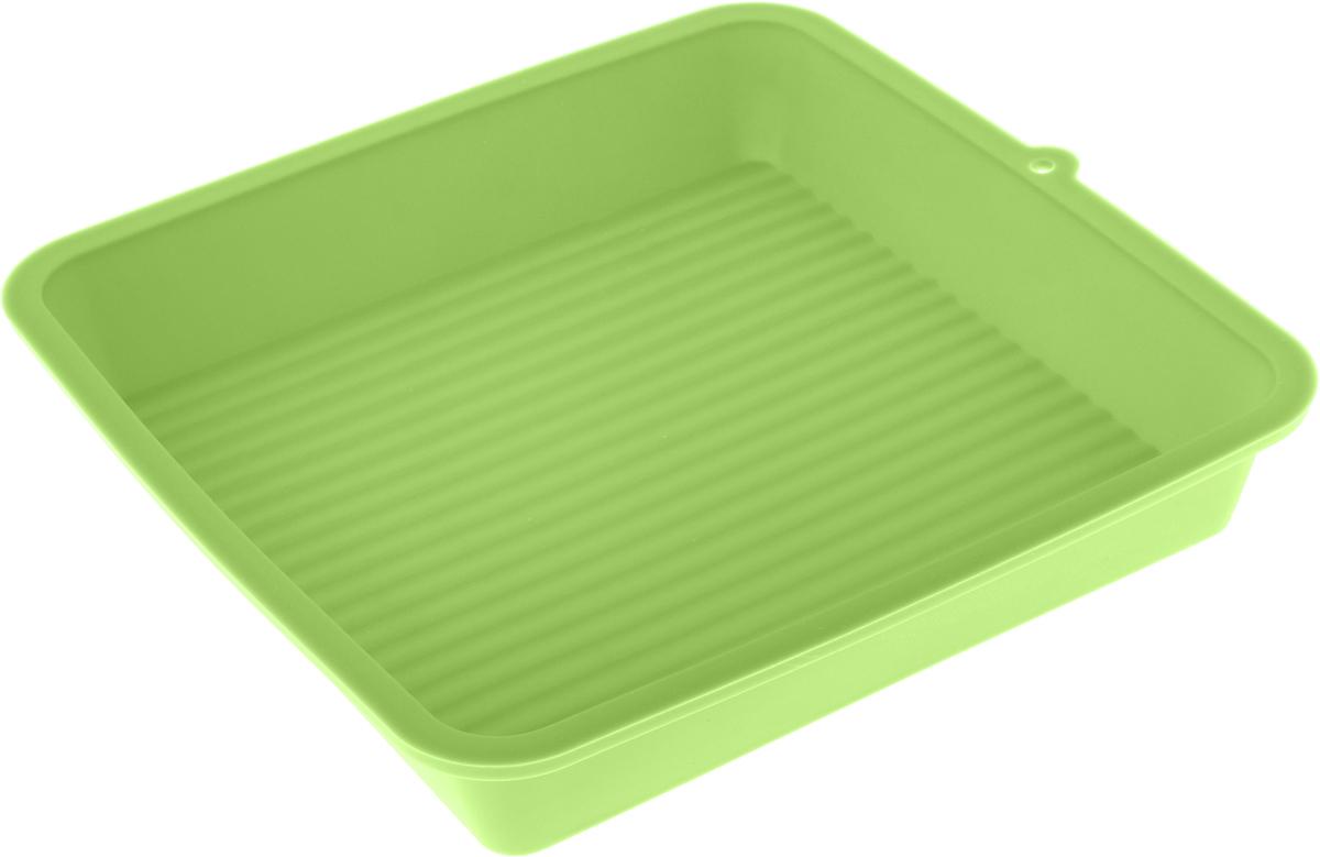 Форма для выпечки LaSella, силиконовая, цвет: салатовый, 23 х 23 х 4,5 смKL40B005_салатовыйФорма для выпечки LaSella выполнена из высококачественного пищевого силикона. Дно с внутренней стороны с небольшим рифлением. Идеально подходит для приготовления выпечки, десертов и холодных закусок. Форма выдерживает температуру от -40 до +240°C, обладает естественными антипригарными свойствами. Не выделяет вредных веществ при высоких температурах. Подходит для использования в духовке и микроволновой печи. Размер формы: 23 х 23 х 4,5 см.