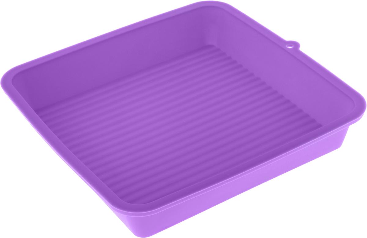 Форма для выпечки LaSella, силиконовая, цвет: фиолетовый, 23 х 23 х 4,5 смKL40B005_фиолетовыйФорма для выпечки LaSella выполнена из высококачественного пищевого силикона. Дно с внутренней стороны с небольшим рифлением. Идеально подходит для приготовления выпечки, десертов и холодных закусок. Форма выдерживает температуру от -40 до +240°C, обладает естественными антипригарными свойствами. Не выделяет вредных веществ при высоких температурах. Подходит для использования в духовке и микроволновой печи. Размер формы: 23 х 23 х 4,5 см.