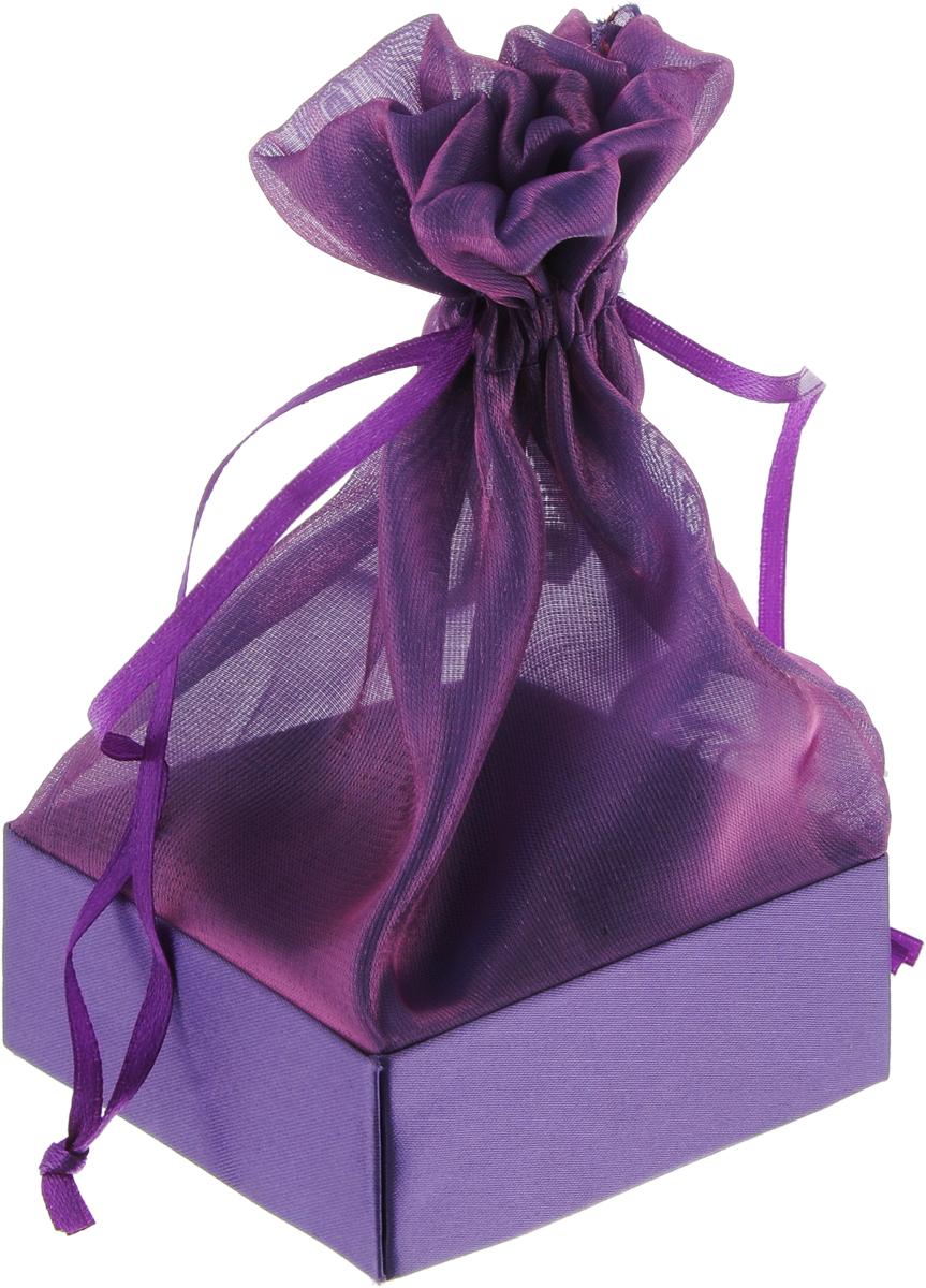 Коробочка для подарка Piovaccari Тиффани, цвет: темно-фиолетовый, 7,5 х 7,5 х 15 см1898XP 48Коробочка для подарка Piovaccari Тиффани выполнена в виде мешочка, который затягивается и завязывается лентой. Основание коробки изготовлено из твердого картона и обтянуто органзой. Коробочка Piovaccari Тиффани станет одним из самых оригинальных вариантов упаковки для подарка. Яркий дизайн будет долго напоминать владельцу о трогательных моментах получения подарка.