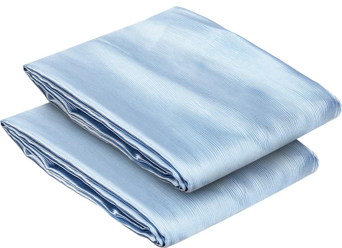 Комплект штор Блэкаут, на ленте, цвет: голубой, высота 270 см78952Роскошный комплект штор Блэкаут на ленте великолепно украсит любое окно. Комплект состоит из двух полотен и имеет классический крой. Полотна, выполненные из полиэстера, не пропускают солнечный и дневной свет. Комплект штор Блэкаут привлечет к себе внимание. Шторы органично впишутся в интерьер помещения, они будут долгое время радовать вас и вашу семью. Размер одного полотна: 200 х 270 см.