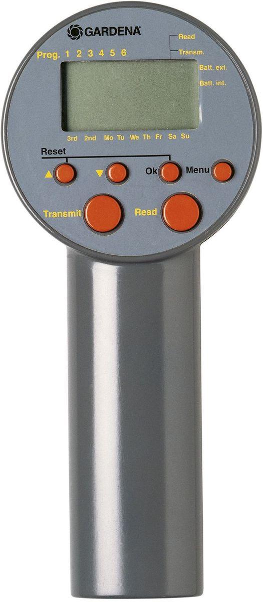 Блок управления клапанами для полива Gardena. 01242-27.000.0001242-27.000.00Блок управления клапанами для полива GARDENA предназначен для автоматического управления системой управления поливом или крупными системами дождевания GARDENA, и поэтому идеально подходит для использования на участках, к которым не подведено электричество. Блок управления клапанами - идеальный выбор в тех случаях, когда объем подаваемой воды недостаточен для одновременной работы всей системы, в которую входят несколько систем полива. Помимо этого, в случае различной потребности в воде отдельных участков блок управления клапанами GARDENA осуществляет управление продолжительностью полива на отдельных каналах, обеспечивая тем самым оптимальный полив с учетом требований пользователя. Блок управления клапанами GARDENA используется для программирования регулятора GARDENA (арт. 1250). Передача данных на регулятор после подключения осуществляется простым нажатием на кнопку. По окончании программирования регулятор устанавливается на клапаны для полива 9В GARDENA (арт. 1251-20) и осуществляет...