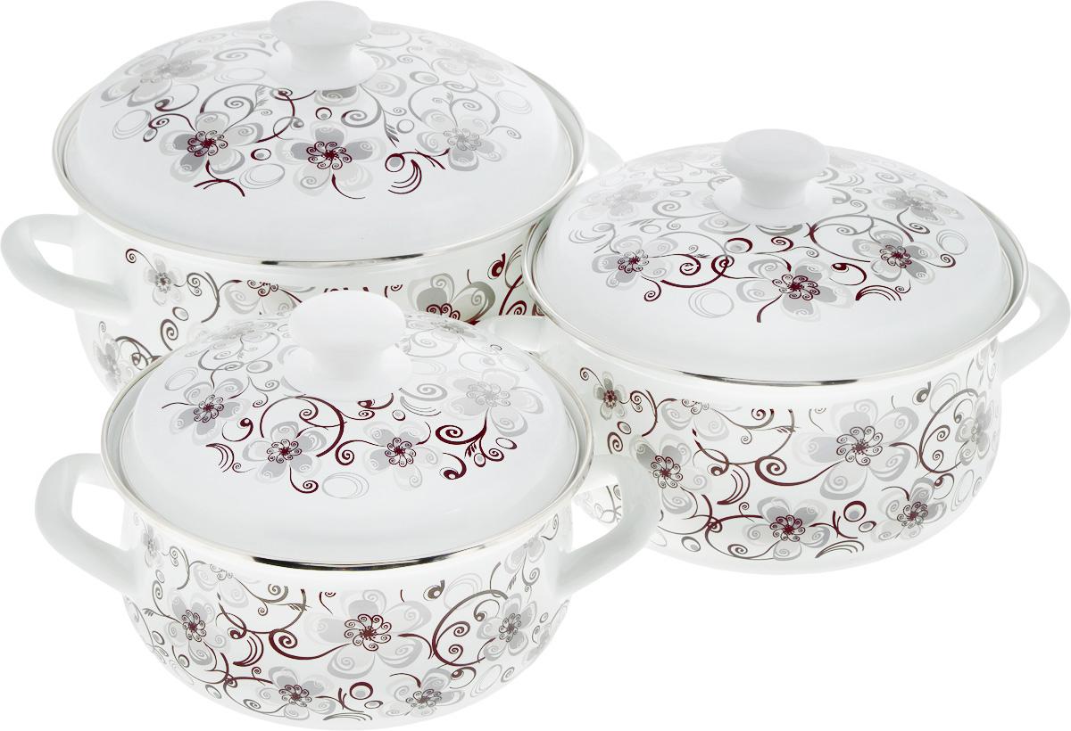 Набор посуды КМК Николь-1, 6 предметовНиколь-1Набор посуды КМК Николь-1, состоящий из трех кастрюль с крышками, изготовлен из высококачественной стали с эмалированным покрытием. Эмаль защищает сталь от коррозии, придает посуде гладкую поверхность и надежно защищает от кислот и щелочей. А также она устойчива к пищевым кислотам, не вступает во взаимодействие с продуктами и не искажает их вкусовые качества. Внутренняя поверхность идеально ровная, что значительно облегчает мытье. Стальная основа практически не подвержена механической деформации, благодаря чему срок эксплуатации увеличивается. Кастрюли оснащены крышками, выполненными из стали с эмалированным покрытием. Внешняя поверхность изделий оформлена цветочным рисунком. Крышки плотно прилегают к краям кастрюль, сохраняя аромат блюд, и имеют удобные пластиковые ручки. Подходят для газовых, электрических и керамических плит. Можно мыть в посудомоечной машине. Высота стенок кастрюль: 9 см, 11 см, 12,5 см. Диаметр кастрюль (по...