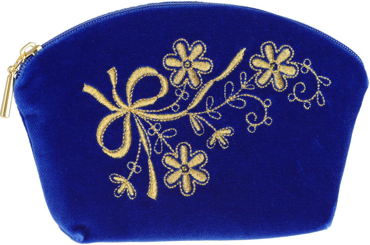 Косметичка малая. Бархат синего цвета, вышивка. Размер 17 х 11 см. Торжокские золотошвеи, Россия2000060287333Косметичка малая. Бархат синего цвета, вышивка. Торжокские золотошвеи, Россия. Размер: 17 х 11 см. Сертификат соответствия прилагается. Изделия, расшитые золотом и серебром, – это изысканный подарок, сувенир ручной работы, предназначенный для утонченных, экстравагантных и стильных людей.
