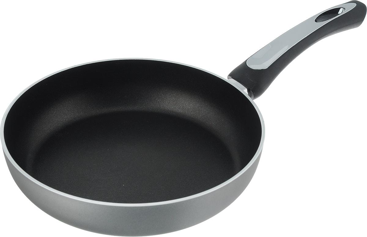 Сковорода Scovo President, с антипригарным покрытием. Диаметр 24 смSP-003Сковорода Scovo President выполнена из алюминия и имеет антипригарное покрытие. Покрытие исключает прилипание и пригорание пищи к поверхности посуды, обеспечивает легкость мытья посуды, исключает необходимость использования большого количества масла, что способствует приготовлению здоровой пищи с пониженной калорийностью. Сковорода оснащена удобной пластиковой ручкой. Сковорода подходит для газовых, электрических и стеклокерамических плит. Также ее можно мыть в посудомоечной машине. Диаметр сковороды: 24 см. Высота стенки: 5,5 см. Длина ручки: 17 см.