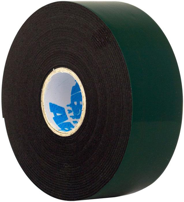 Лента клейкая двухсторонняя Abro Masters, цвет: зеленый, 30 мм х 5 мBE-30mm-5MДвусторонняя лента АBRO состоит из 2х клеевых слоев, несущей основы из пеноматериала и защитного слоя. Основа из вспененного материала придает ленте способность принимать форму поверхности, заполняя ее неровности, и делает ленту идеальным средством для соединения материалов с шероховатыми и неровными поверхностями. Клеевые соединения, полученные с помощью этих лент, обладают шумоизоляционными и демпфирующими свойствами, отлично противостоят вибрационным и ударным нагрузкам. Особенности: — более толстый слой позволяет использовать на неровных и шероховатых поверхностях; — обладает повышенной мягкостью и гибкостью (по сравнению с аналогами). Применение: Строительные работы: — крепление плинтусов; — крепление пластиковых бордюров. Монтажные работы: — монтаж металлических и пластиковых конструкций; — изготовление рекламных материалов, декораций. Ремонт автомобилей: — монтаж зеркал; — монтаж функциональных накладок, молдингов. В быту: — упаковка подарков; — монтаж мебельных зеркал; —...