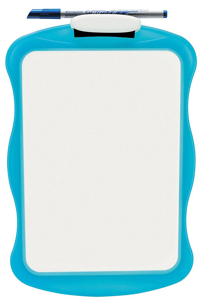 Bic Доска для рисования Velleda цвет голубой841362_голубойДвухсторонняя доска для рисования Bic Velleda сделает занятия с ребенком веселыми, яркими и запоминающимися, ведь писать и рисовать на ней намного интереснее, чем в классической тетрадке. Доска выполнена из плотного высококачественного пластика. Одна сторона доски белая, другая разлинована в голубую линейку. Доска предназначена для многократного нанесения информации - достаточно стереть записи губкой, входящей в комплект, и можно рисовать снова. В комплект входит маркер синего цвета, который крепится к доске с помощью специального держателя. Такая доска станет не только веселой игрушкой для ребенка, но и поможет разнообразить занятия и подготовить ребенка к школе.