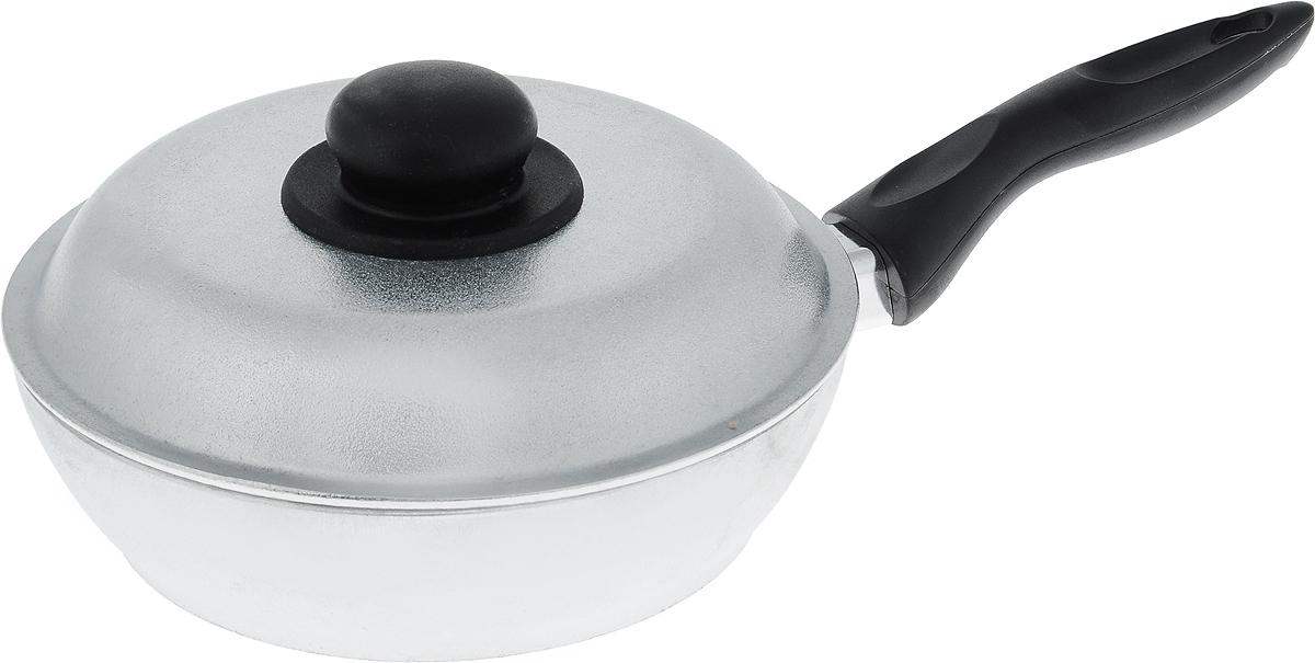 Сковорода Алита Алена с крышкой. Диаметр 20 см10200Сковорода Алита Алена, изготовленная из литого алюминиевого сплава AK5M2П, прекрасно подходит для приготовления повседневных блюд. Гладкая поверхность обеспечивает легкость ухода за посудой. Изделие оснащено крышкой и удобной пластиковой ручкой, которая не нагревается в процессе готовки. Подходит для использования на всех типах плит, кроме индукционных. Диаметр сковороды (по верхнему краю): 20 см. Высота стенки: 5,5 см. Длина ручки: 16 см.