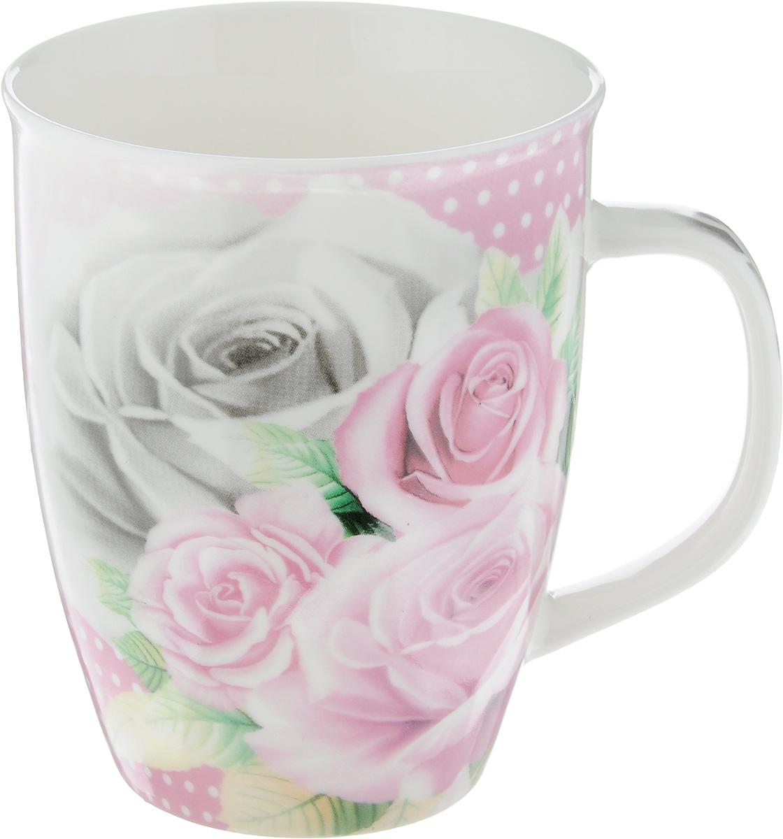 Кружка Loraine Розы, 340 мл25969_розыКружка Loraine Розы изготовлена из прочного качественного костяного фарфора. Изделие оформлено красочным рисунком. Благодаря своим термостатическим свойствам, изделие отлично сохраняет температуру содержимого - морозной зимой кружка будет согревать вас горячим чаем, а знойным летом, напротив, радовать прохладными напитками. Такой аксессуар создаст атмосферу тепла и уюта, настроит на позитивный лад и подарит хорошее настроение с самого утра. Это оригинальное изделие идеально подойдет в подарок близкому человеку. Диаметр (по верхнему краю): 8,5 см. Высота кружки: 10,5 см.