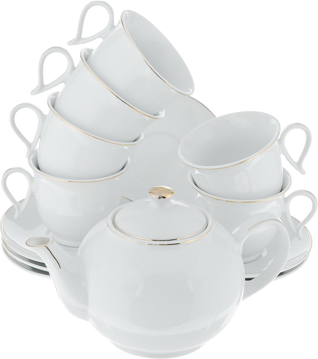 Сервиз чайный Loraine, 13 предметов. 2593525935Чайный сервиз Loraine состоит из 6 чашек, 6 блюдец и заварочного чайника. Изделия выполнены из высококачественного фарфора и оформлены золотой каймой по верхнему краю. Изящный чайный сервиз прекрасно оформит стол к чаепитию и порадует вас элегантным дизайном и качеством исполнения. Объем чайника: 1 л. Высота чайника (без учета крышки): 9,5 см. Диаметр чайника (по верхнему краю): 6 см. Объем чашки: 220 мл. Диаметр чашки (по верхнему краю): 9 см. Высота чашки: 7,5 см. Диаметр блюдца: 13,5 см. Высота блюдца: 1,5 см.