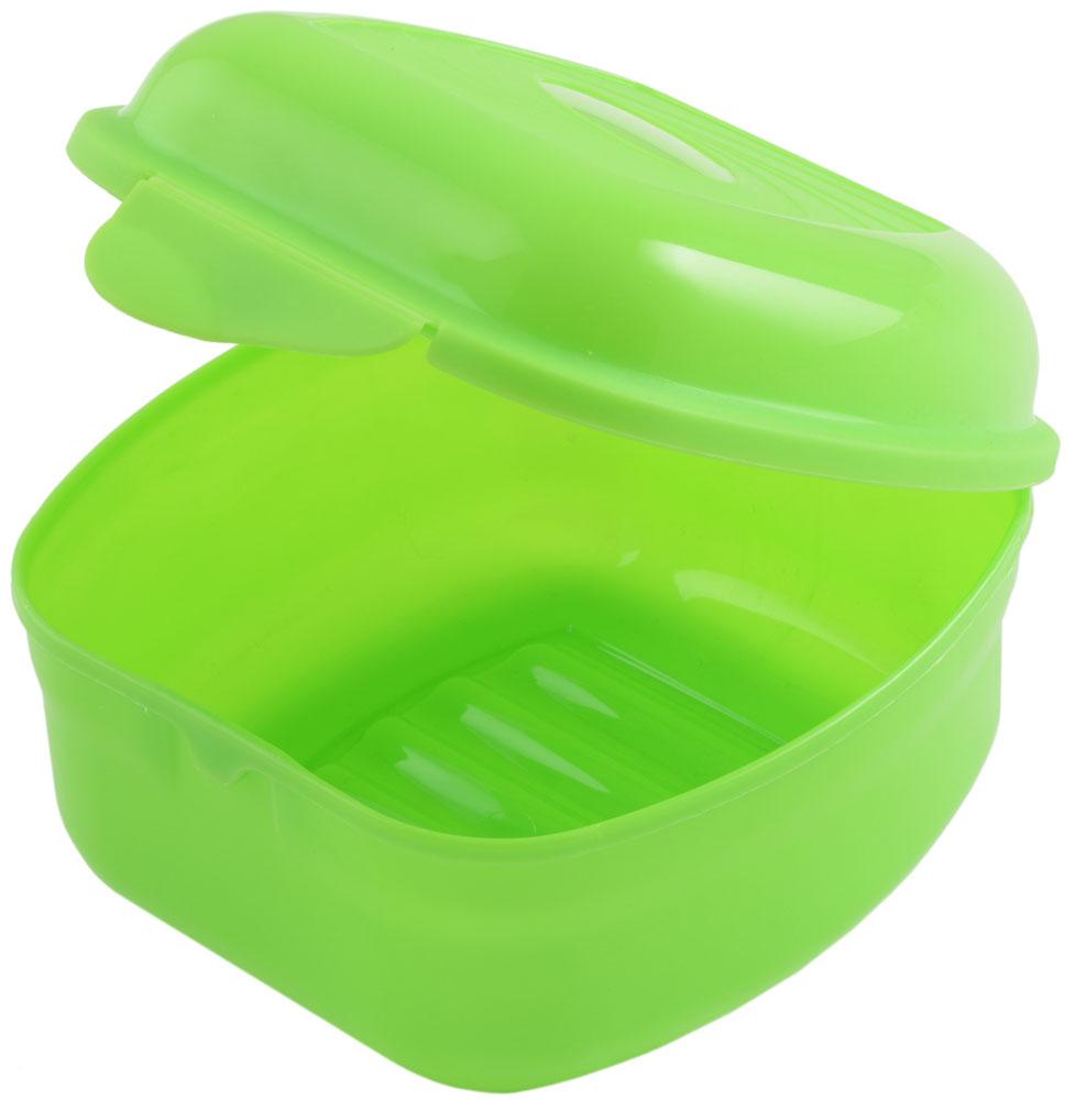 Ланч-бокс Plastic Centre Galaxy, цвет: светло-зеленый, 0,9 лПЦ2396ЛМНаш универсальный ланч-бокс можно использовать как для хранения пищи в холодильнике, так и для того, чтобы брать с собой перекус на работу, в школу, на прогулку. Плотная защелка предотвратит ланч-бокс от открывания.