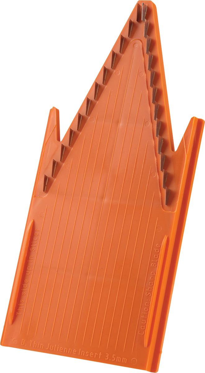 Вставка для терки Borner Classic, цвет: оpанжевый, 3,5 мм3500143Входит в базовый комплект овещерезки Классика. Вставка из пластика с металлическими лезвиями, расстояние между которыми составляет 3,5 мм. Вставка с мелкими ножами порежет ваш продукт на соломку размером 3,5 мм. Длинную или короткую. Обратите внимание на то, какой стороной вы располагаете овощи на овощерезке. Вы никогда не дождетесь длинной соломки, если поставили морковку на овощерезку короткой стороной. Чем длиннее морковка - тем длиннее соломка. Исключение составляют капуста и лук, нарезка их с этой вставкой даст вам результат в виде мелких кубиков.