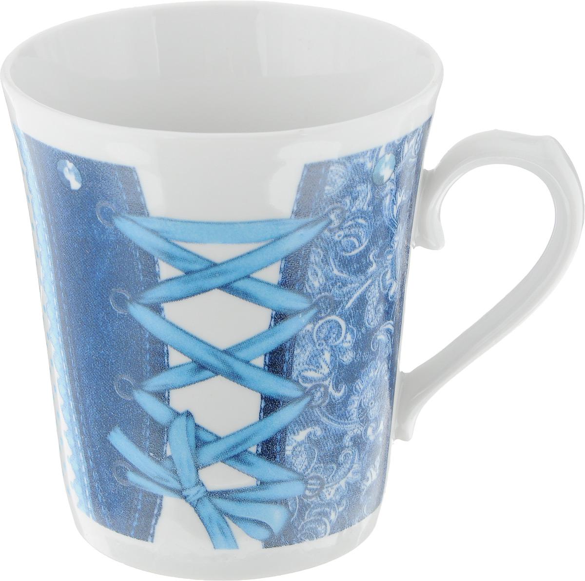 Кружка Фарфор Вербилок Джинс, цвет: белый, синий, голубой, 400 мл24497277_синий, голубойКружка Фарфор Вербилок Джинс способна украсить любое чаепитие. Изделие выполнено из высококачественного фарфора. Посуда из такого материала позволяет сохранить истинный вкус напитка, а также помогает ему дольше оставаться теплым. Изделие имеет классическую форму ленинградский бокал. Внешние стенки дополнены оригинальным принтом. Диаметр по верхнему краю: 9 см. Высота кружки: 10,5 см.