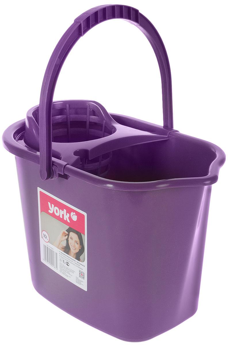 Ведро для уборки York, с насадкой для отжима швабры, цвет: фиолетовый, 10 л7002_фиолетовыйВедро York, изготовленное из полипропилена, порадует практичных хозяек. Изделие снабжено специальной насадкой, которая обеспечивает интенсивный отжим ленточных швабр. Это значительно уменьшает физические нагрузки при мытье полов. Насадка надежно крепится на ведро и также легко снимается, позволяя хранить ее отдельно. Для удобного использования ведро оснащено эргономичной ручкой. Размер ведра (по верхнему краю): 35 х 22 см. Высота: 24 см.