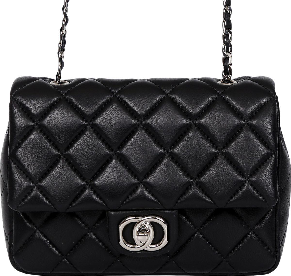 Сумка женская Palio, цвет: черный. 14252A-W2-018/01814252A-W2-018/018 blackСтильная женская сумка Palio выполнена из натуральной кожи, которая имеет мягкую фактуру. Классический черный цвет, модная геометрическая строчка и плечевой ремень в виде изысканной цепочки с легкостью дополнят любой современный образ. Внутри изделия вы сможете разместить женские мелочи с помощью двух вместительных карманов. Удобный декоративный замок и изящная фурнитура в серебряном оттенке сделают вас неотразимой в любой кампании. Изделие очень компактно и не вмещает документы и папки формата А4.