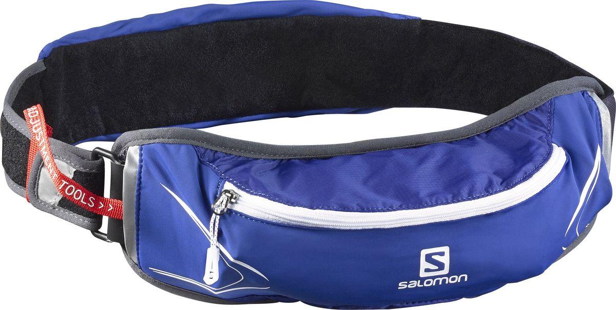 Сумка на пояс Salomon Agile 500 Belt Set, с бутылкой, цвет: синий, белый, серыйL39406500Сумка на пояс Salomon Agile 500 Belt Set повышает мобильность и функциональность в любом забеге. Благодаря универсальному размеру и возможности подгонки облегчает выбор и подойдет бегунам с тонкой талией. Суперэластичный пояс не смещается даже при прыжках и обеспечивает быстрый доступ к мягкой фляге и другим нужным вещам. Отлично подходит для тренировок в городе или в горах. Объем бутылки: 500 мл.