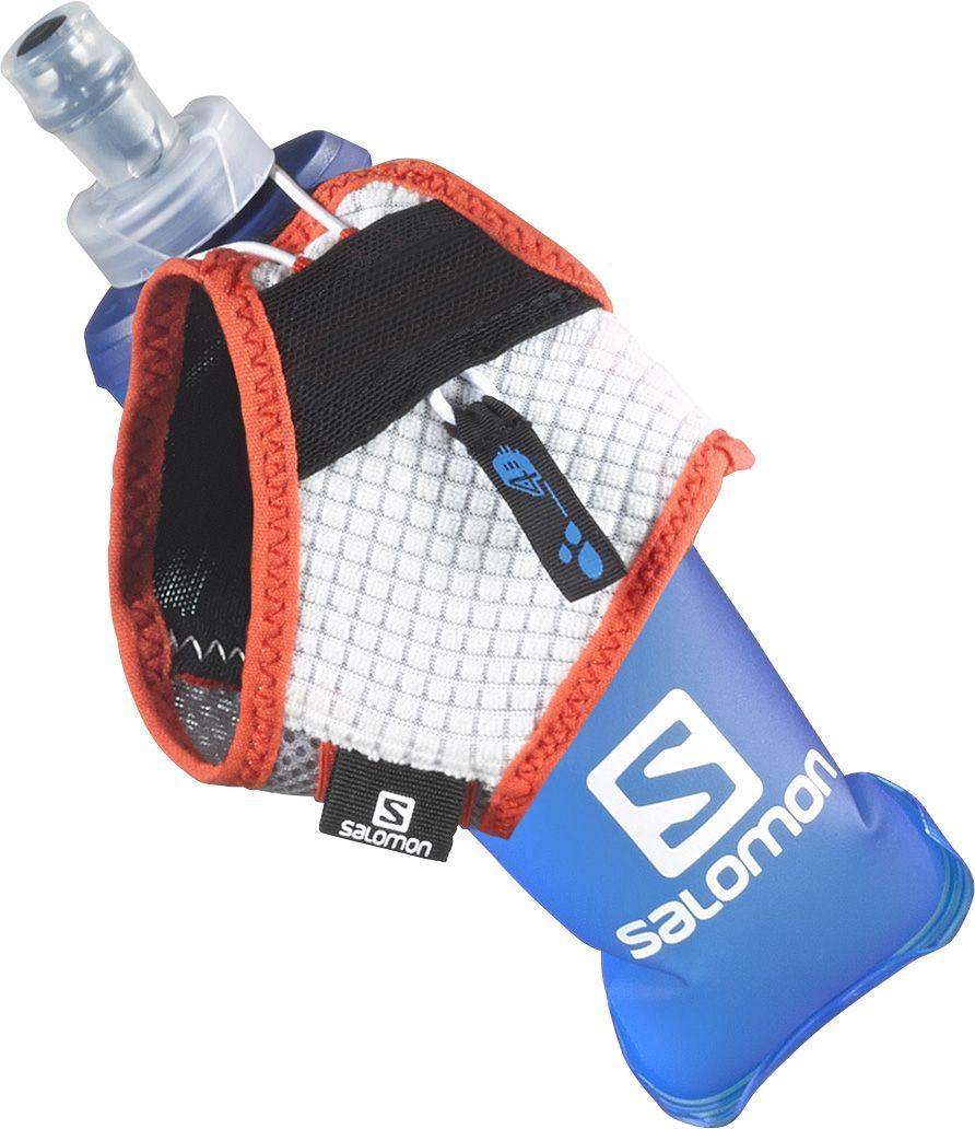 Сумка на пояс Salomon Sense Hydro Set, с бутылкой, цвет: красный, белый, серый. Размер LL39400400Если даже идеально сидящий рюкзак мешает вам в долгом забеге по тропе, Salomon Sense Hydro Set - идеальный выбор для вас. Это инновационное решение, уже полюбившееся ведущим спортсменам, удерживает на ладони мягкую фляжку любого размера и сжимает ее по мере питья, так что вам не придется делать это самим. В комплекте фляга, выполненная из ПВХ. Объем фляги: 250 мл.