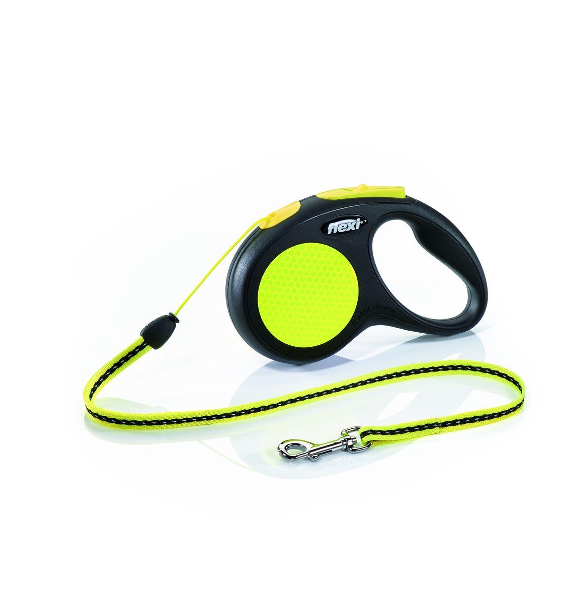 Поводок-рулетка Flexi Neon New Classic S, трос, для собак весом до 12 кг, 5 м25215Тросовый поводок-рулетка предназначен для выгула собак весом до 12 кг. Рулетки flexi производятся в Германии более 40 лет и особое внимание уделяется обеспечению безопасности и комфорта использования: - обновленная эргономичная кнопка системы торможения - запатентованная тормозная система - надежный карабин - светоотражающая наклейка на корпусе рулетки - яркий трос неонового цвета хорошо заметен в сумерки и туман Запатентованая система сматывания и фиксации длины — дополнительное удобство, помогающее контролировать поведение животного. Корпус рулетки выполнен из ударопрочного пластика.