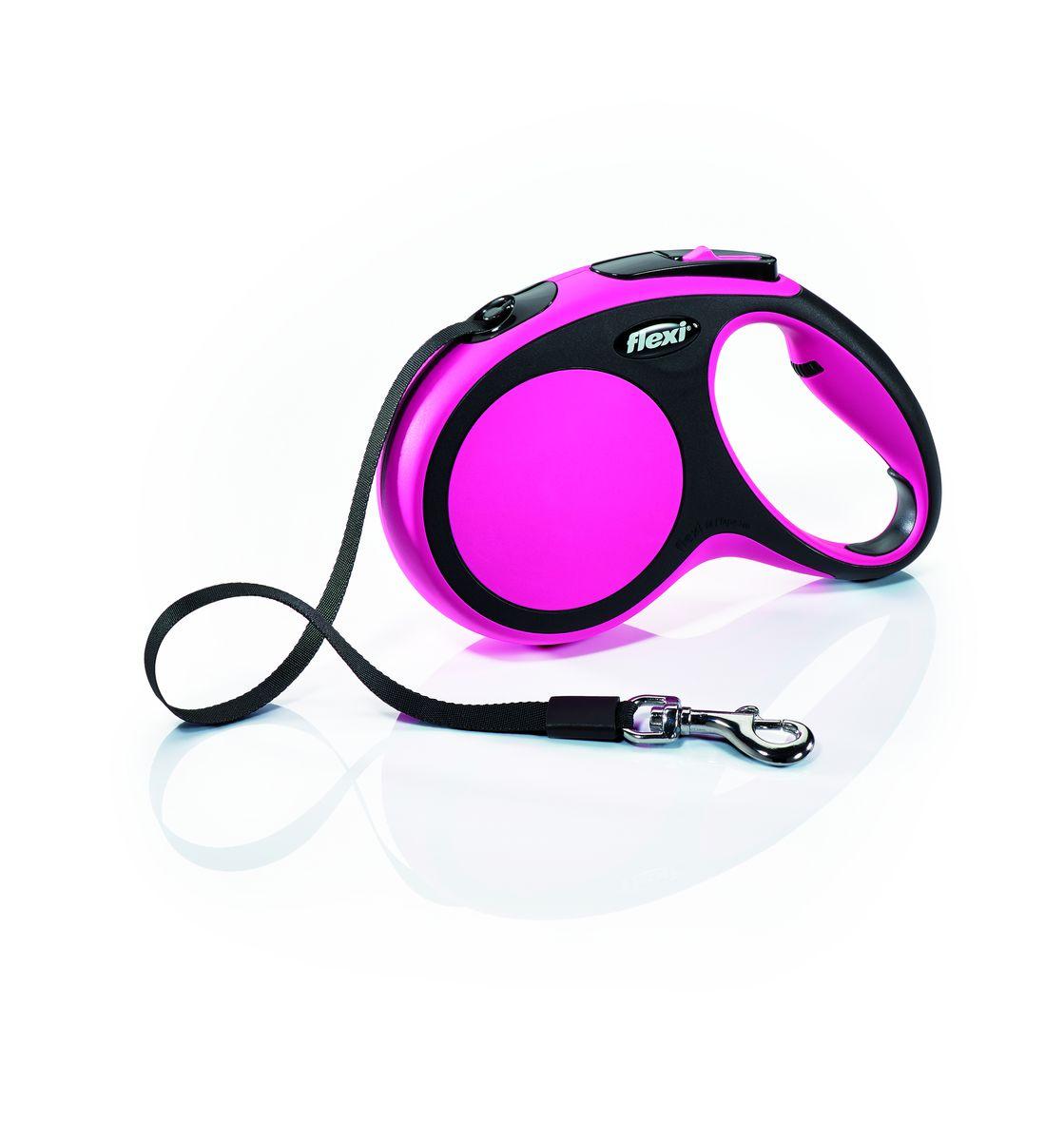 Поводок-рулетка Flexi New Comfort М, лента, для собак весом до 25 кг, цвет: черный, розовый, 5 м28216Ленточный поводок-рулетка обеспечивает собаке свободу движения, что идет на пользу здоровью и радует Вашего четвероногого друга. Рулетка очень проста в использовании. Оснащена кнопками кратковременной и постоянной фиксации. Рулетку можно оснастить - мультибоксом для лакомств или пакетиков для сбора фекалий, LED подсветкой корпуса. Прочный корпус, хромированная застежка и светоотражающие элементы. Лента поводка автоматически сматывается и поводок в процессе использования не провисает, не касается грунта и таким образом не пачкается и не перетирается. Поводок не нужно подбирать руками когда питомец подошел ближе, таким образом Ваши руки всегда чистые. На рукоятке имеется колесико позволяющее адаптировать размер рукоятки под размер руки Максимальный вес питомца: 25 кг Длина: 5 м