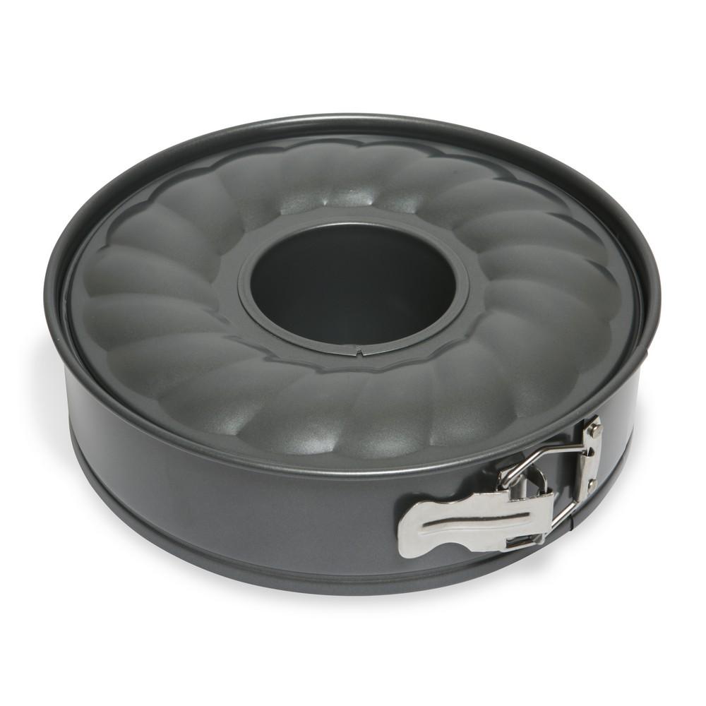 Форма для торта и кекса Dosh Home Fornax, раскладная, диаметр 24 см300117Форма идеально подходит для приготовления круглых тортов и кексов, имеет очень прочное антипригарное покрытие, которое препятствует пригоранию. Раскладная форма позволяет легко вынуть испеченный корпус для торта и кекса из формы. Раскладывание на съемную боковую стенку и дно позволяет легко чистить форму. Раскладная форма подходит для электрических, газовых и конвекционных духовок, можно мыть в посудомоечной машине.