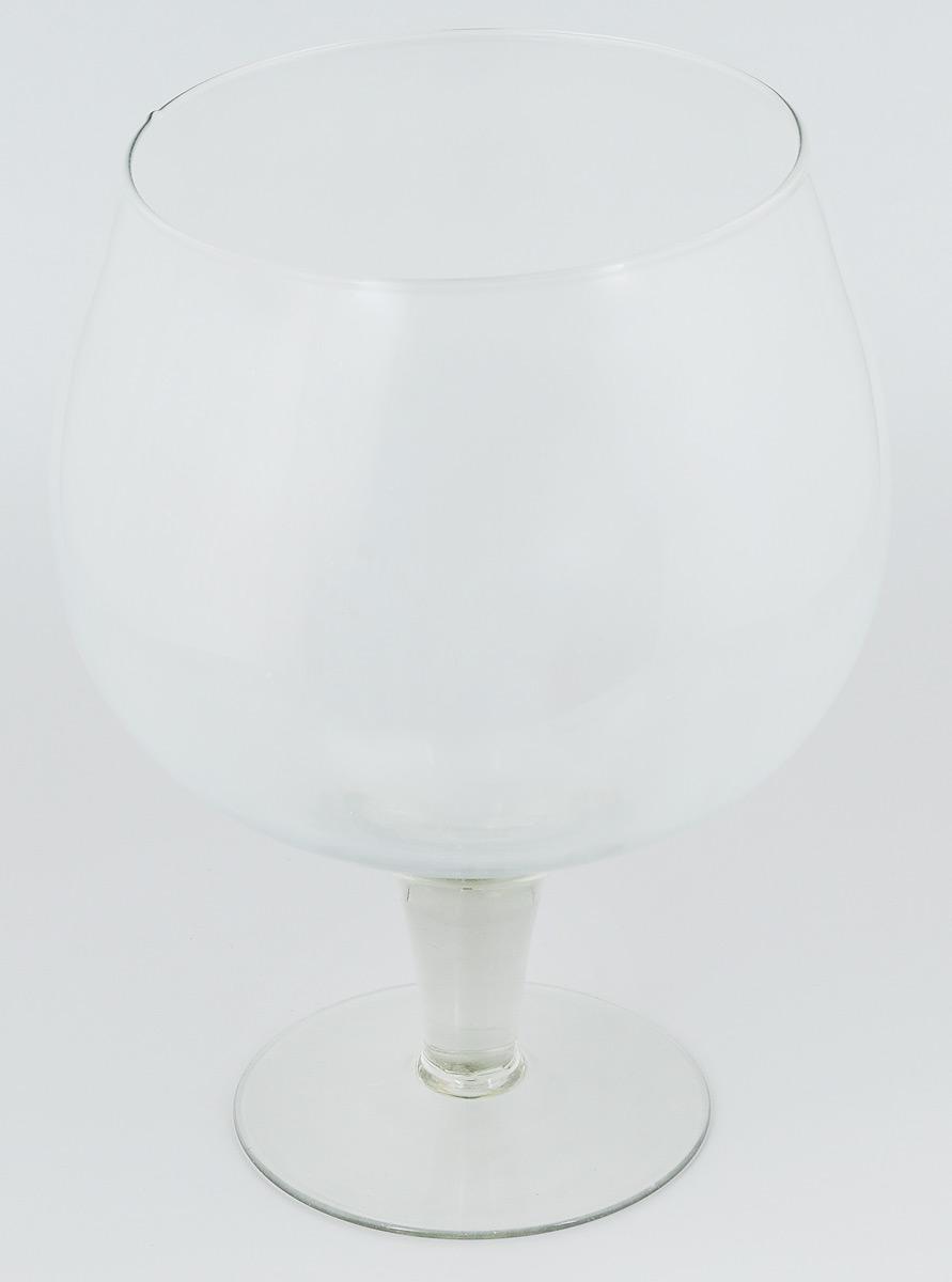 Ваза Гусь-Хрустальный Бренди, на ножке, высота 30,5 см1629Ваза Гусь-Хрустальный Бренди выполнена из высококачественного натрий-кальций-силикатного стекла. Она дополнит интерьер вашего дома и станет желанным и стильным подарком. Кроме того - это отличный вариант подарка для ваших близких и друзей. Диаметр вазы (по верхнему краю): 18 см. Высота вазы: 30,5 см. Объем вазы: 7 л.