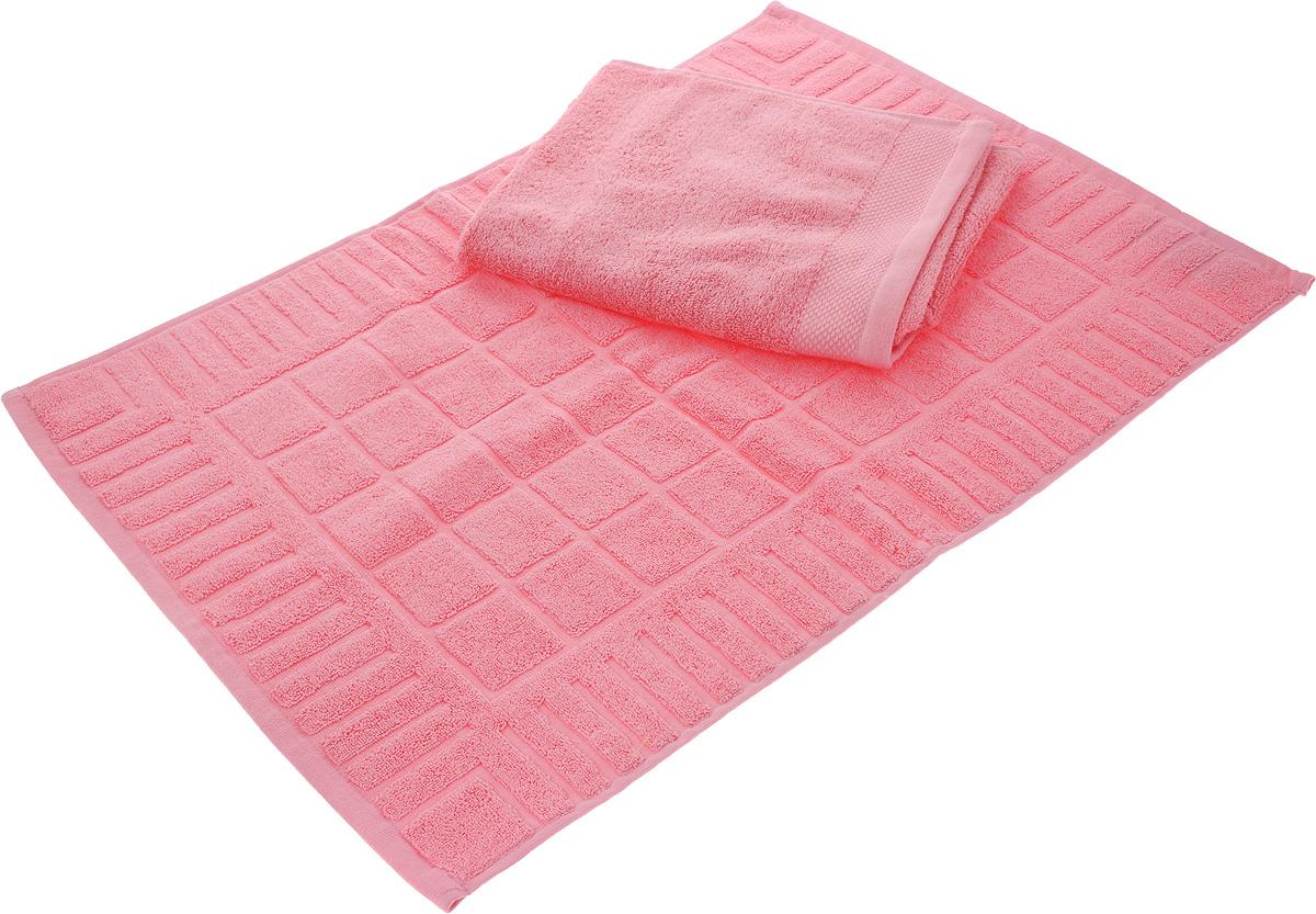 Набор Toalla: полотенце и коврик для ног, цвет: розовый92716941Набор Toalla состоит из полотенца и коврика для ног. Изделия выполнены из 100% хлопка. Ткань изделий обладает высокой плотностью и мягкостью, отличается высоким качеством и длительным сроком службы. В процессе эксплуатации материал становится только мягче и приятней на ощупь. Египетский хлопок не содержит линта (хлопковый пух), поэтому на ткани не образуются катышки даже после многократных стирок и длительного использования. Сверхдлинные волокна придают ткани характерный красивый блеск. Изделия отлично впитывают влагу и быстро сохнут. Такой набор красиво дополнит интерьер ванной комнаты и станет практичным приобретением. Коврик оформлен рельефным геометрическим рисунком. Плотность полотенца: 500 г/м2. Плотность коврика: 700 г/м2.
