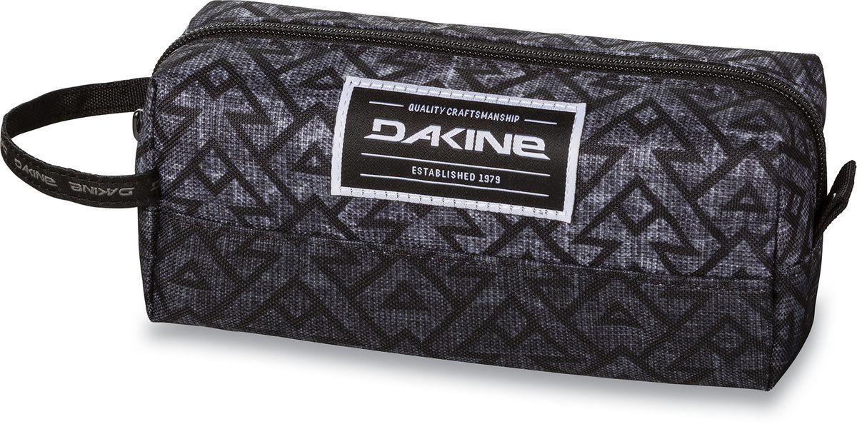 Сумка для аксессуаров Dakine Accessory Case Stacked, цвет: серый, 0,3 л. 816010500127118 8160105Однообъемный тонкий чехол на молнии. Можно использовать в качестве пенала, косметички, сумочки для проводов…