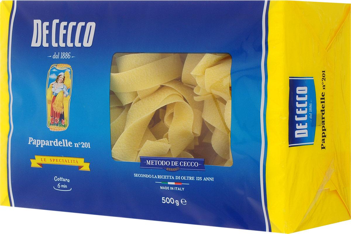 De Cecco паста паппарделле №201, 500 г8001250152015Паста De Cecco Паппарделле родом из Центральной и Южной Италии, относится к семейству длинной пасты скрученной в гнезда. Обычно имеет плоское сечение, толщиной 0,96 мм. Паппарделле особенно подходят для приготовления блюд на основе соусов из мяса дичи, также на основе соуса из помидоров и сыров, на основе соусов кремовой консистенции, которые хорошо распределяется по всей поверхности пасты.