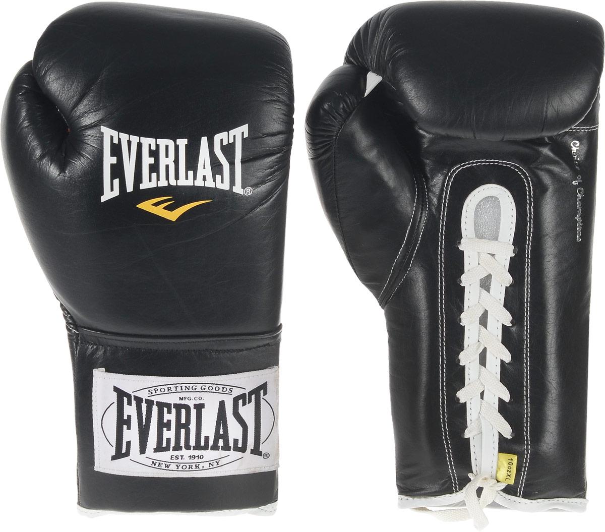 Перчатки боевые Everlast 1910 Fight, цвет: черный, белый. Вес 10 унций. 291001291001Классическая модель перчаток Everlast 1910 Fight создана специально для поединков на профессиональном ринге с учетом всех регламентов и требований, предъявляемых к такой экипировке. Выполнены из натуральной кожи. Набивка из многослойного пенного наполнителя обеспечивает достаточно высокий уровень защиты рук спортсмена и снижает жесткость перчаток. Удобное положение руки в перчатке не требует усилий для сжатия кулака, что позволит вам наносить более жесткие удары при меньших энергозатратах. Данные перчатки прошли сертификацию и получили одобрение к использованию от всех американских и Международных боксерских организаций и федераций включая WBC, IBO, WBA, WBO и IBF.