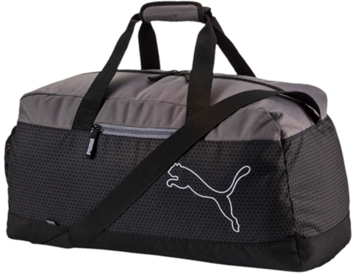 Сумка спортивная Puma Echo Sports Bag, цвет: черный. 0743970107439701Сумка спортивная Puma выполнена из гладкого текстиля. У модели застежка на молнию, одно отделение, внутри один накладной карман, снаружи один карман на молнии, один накладной карман, регулируемый ремень, удобные ручки.