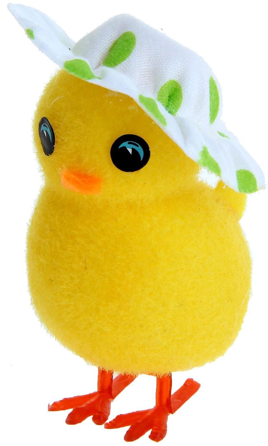 Сувенир пасхальный Sima-land Цыпа в шляпке, 4,3 х 2,8 х 6,8 см918703Дарить подарки на Пасху – это такая же традиция, как красить яйца и выпекать куличи. Презенты вдвойне приятнее, если они несут в себе сакральный смысл и имеют какое-то значение. Сувенир Цыплёнок в шляпке, цвета МИКС - это символ возрождения и непрерывности жизни. С его помощью вы сможете украсить жилище, преподнести его близкому человеку или использовать при сервировке стола всю пасхальную неделю. Кроме того, пасхальные цыплята нравятся маленьким деткам.