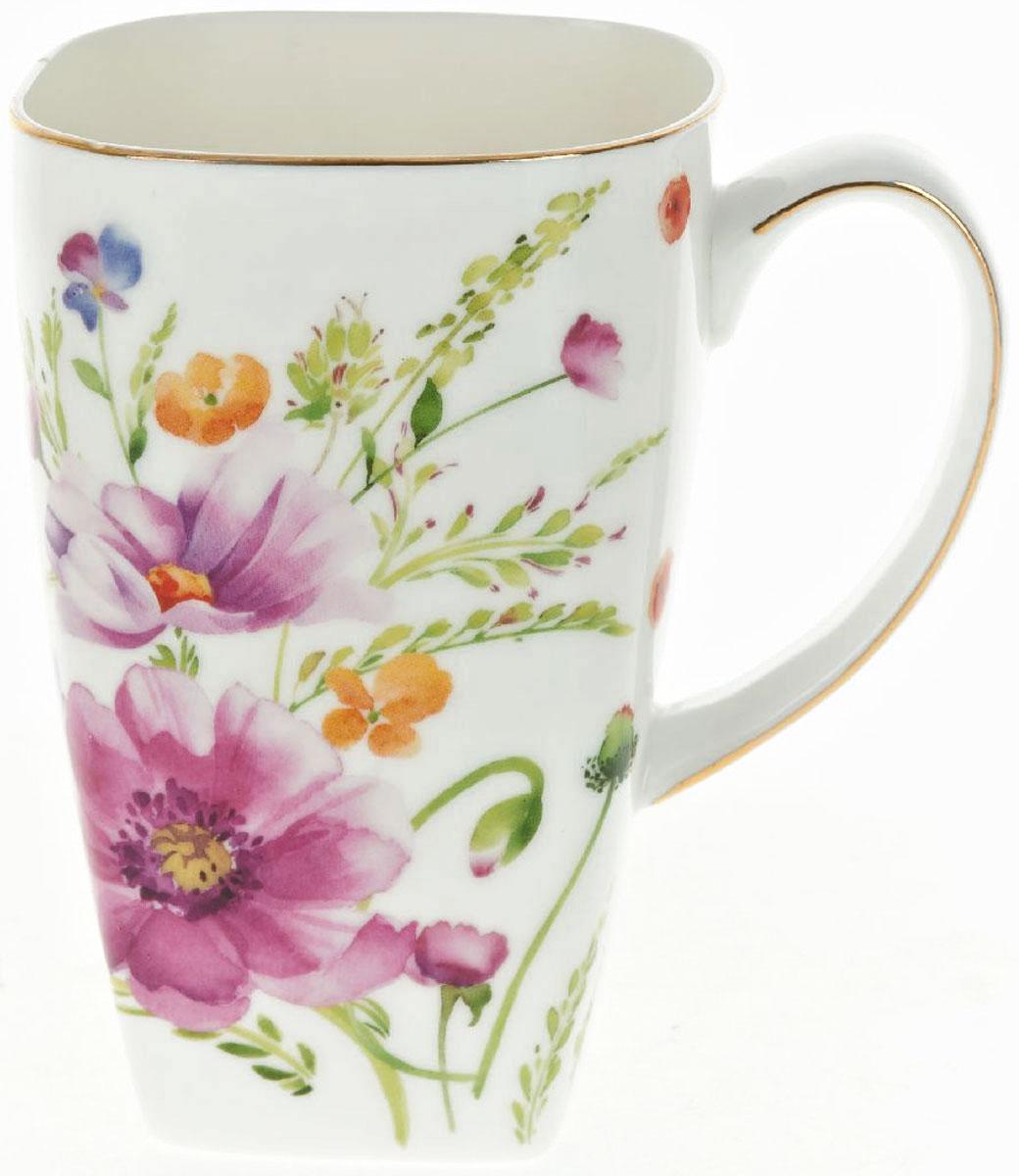 Кружка BHP Summer day, 600 мл0800160Оригинальная кружка Best Home Porcelain, выполненная из высококачественного фарфора, сочетает в себе изысканный дизайн с максимальной функциональностью. Красочность оформления кружки придется по вкусу и ценителям классики, и тем, кто предпочитает утонченность и изысканность. В комплект входит кружка. Можно использовать в ПММ.