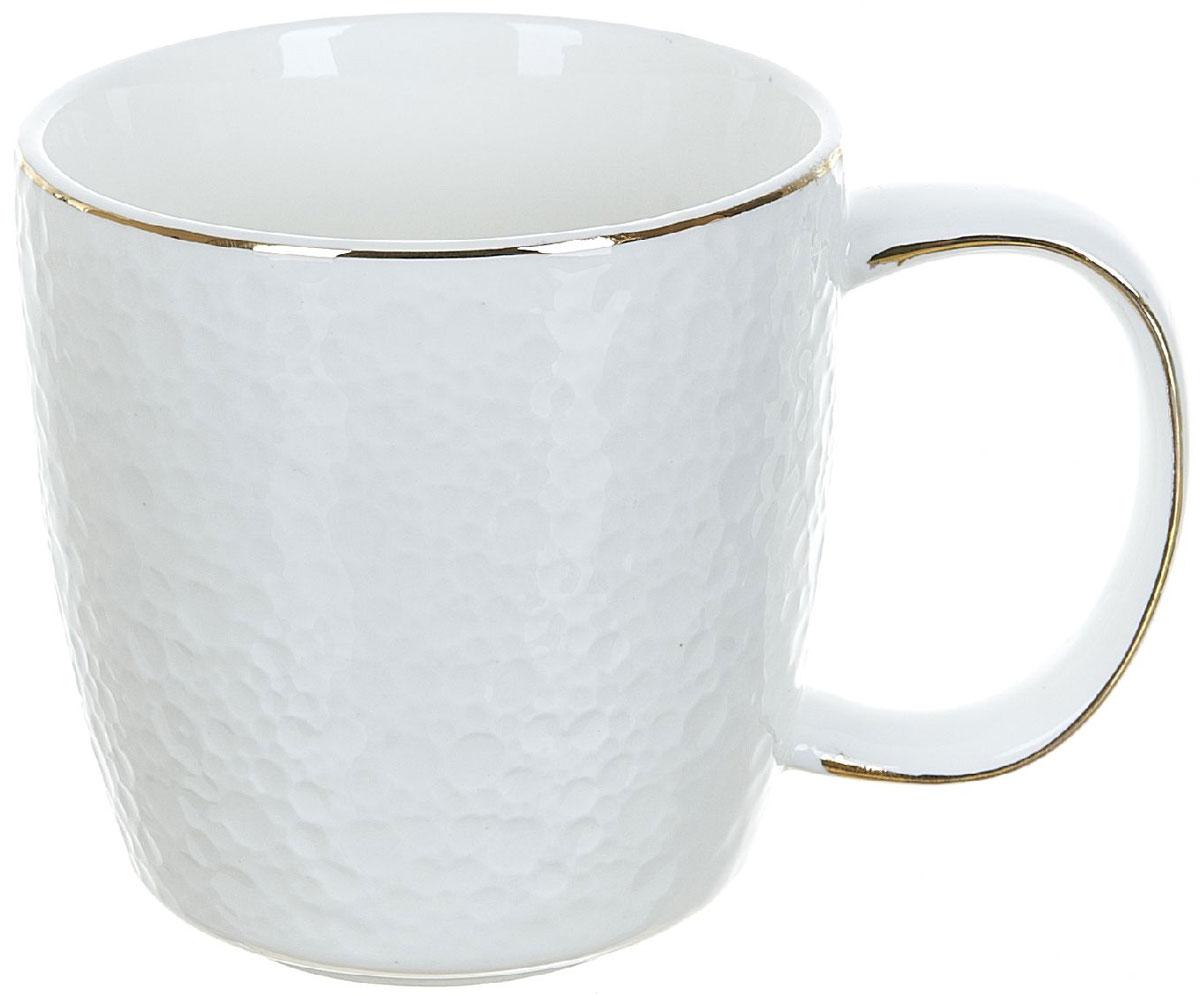 Кружка BHP Морская пена, 320 мл0880033Оригинальная кружка Best Home Porcelain, выполненная из высококачественной керамики, сочетает в себе простой, утонченный дизайн с максимальной функциональностью. Оригинальность оформления придутся по вкусу тем, кто ценит индивидуальность. В комплект входит кружка. Можно использовать в ПММ.