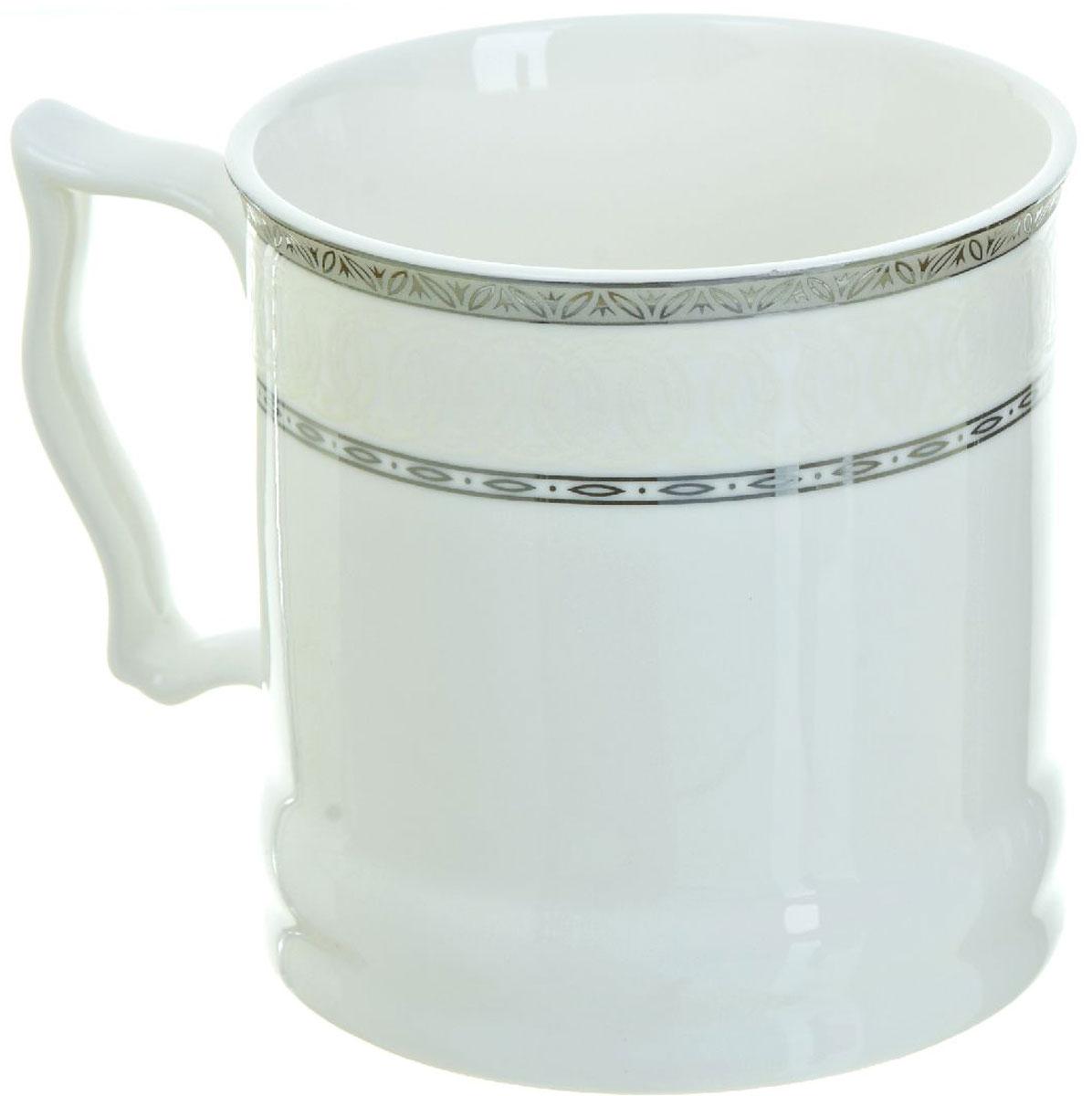 Кружка BHP Королевская кружка, 500 мл. 18700061870006Оригинальная кружка Best Home Porcelain, выполненная из высококачественного фарфора, сочетает в себе простой, утонченный дизайн с максимальной функциональностью. Оригинальность оформления придутся по вкусу тем, кто ценит индивидуальность. В комплект входит кружка. Можно использовать в ПММ.