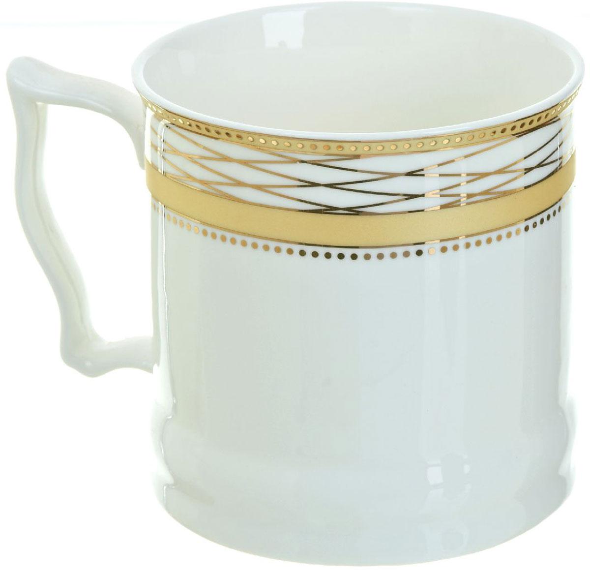 Кружка BHP Королевская кружка, 500 мл. 18700081870008Оригинальная кружка Best Home Porcelain, выполненная из высококачественного фарфора, сочетает в себе простой, утонченный дизайн с максимальной функциональностью. Оригинальность оформления придутся по вкусу тем, кто ценит индивидуальность. В комплект входит кружка. Можно использовать в ПММ.
