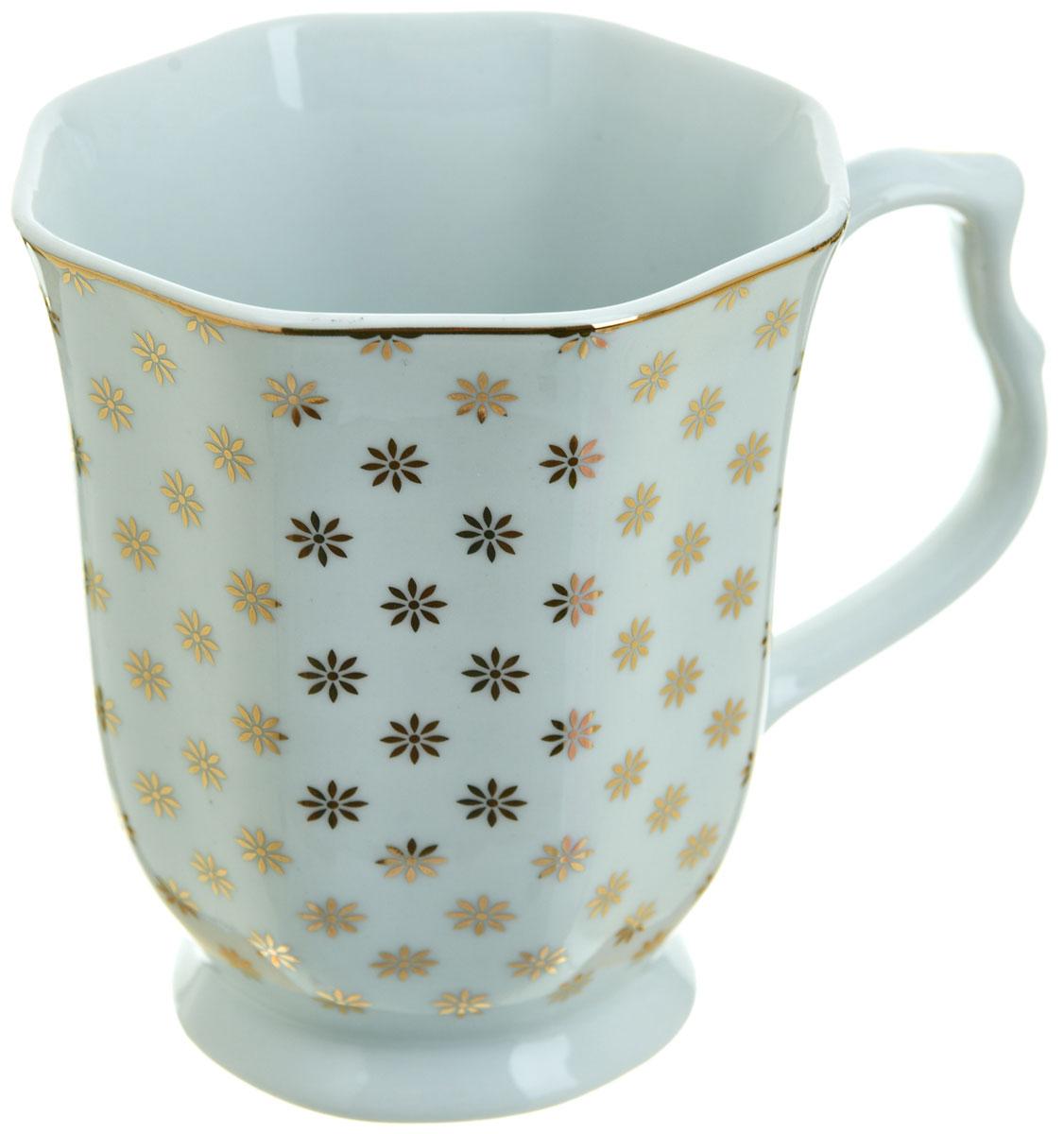 Кружка BHP Золотой каприз, 350 млM1270481Оригинальная кружка Best Home Porcelain, выполненная из высококачественного фарфора, сочетает в себе простой, утонченный дизайн с максимальной функциональностью. Оригинальность оформления придутся по вкусу тем, кто ценит индивидуальность. В комплект входит кружка. Можно использовать в ПММ.