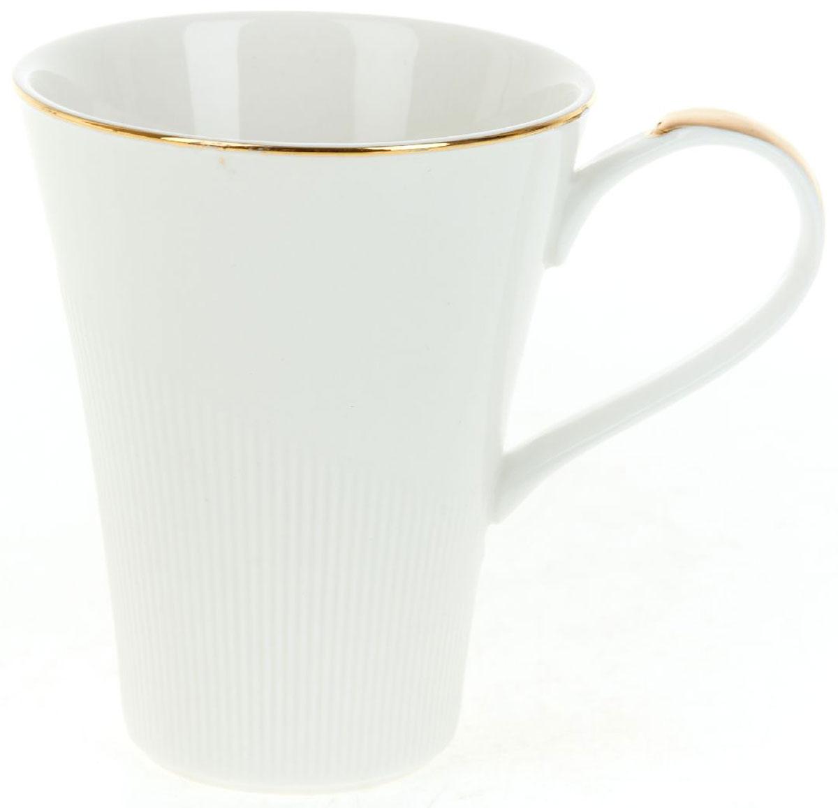 Кружка BHP Белый мрамор, 370 млM1480073Оригинальная кружка Best Home Porcelain, выполненная из высококачественного фарфора, сочетает в себе простой, утонченный дизайн с максимальной функциональностью. Оригинальность оформления придутся по вкусу тем, кто ценит индивидуальность. В комплект входит кружка. Можно использовать в ПММ.