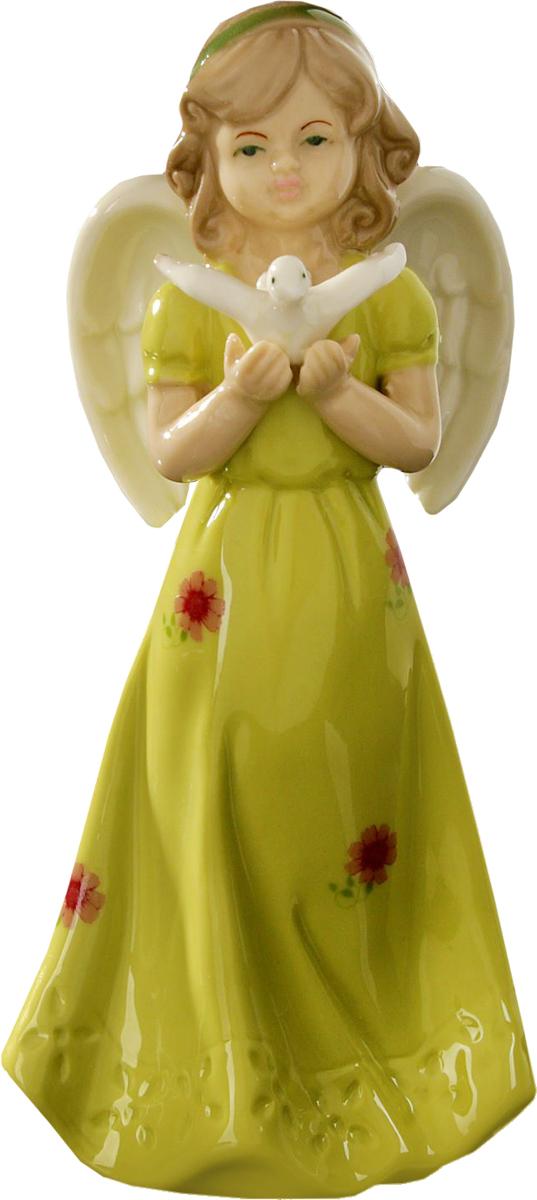 Сувенир пасхальный Sima-land Ангел запускающий голубя, 18 х 7,5 х 6 см1533495Сувенир Ангел запускающий голубя — сувенир в полном смысле этого слова. И главная его задача — хранить воспоминание о месте, где вы побывали, или о том человеке, который подарил данный предмет. Преподнесите эту вещь своему другу, и она станет достойным украшением его дома.