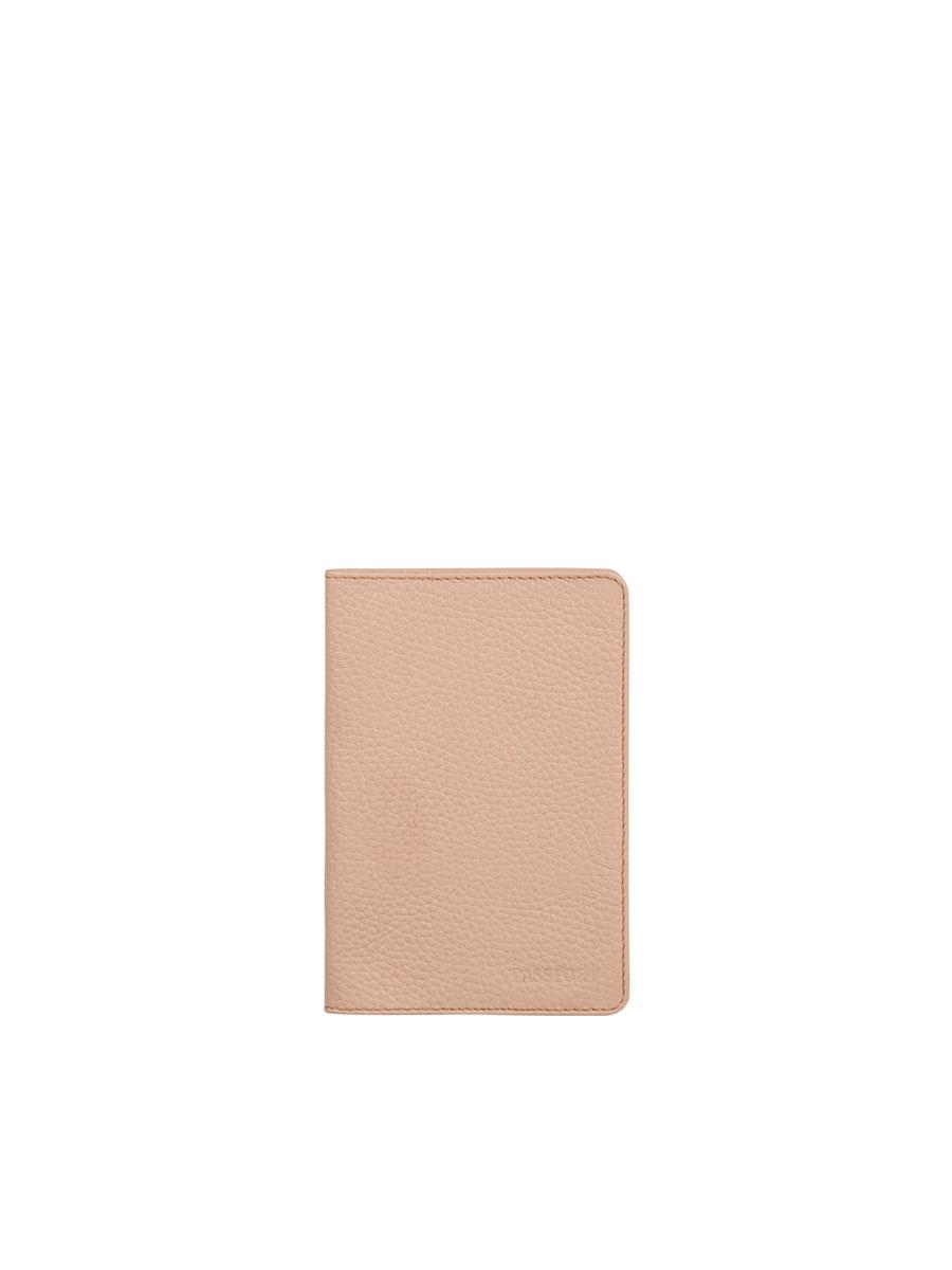 Обложка для паспорта женская Fabula Solo, цвет: светло-розовый. O.87.RKO.87.RK.розовое_пралинеОбложка для паспорта из коллекции «Solo» выполнена из натуральной зернистой кожи. На внутреннем развороте два кармана из плотного прозрачного пластика.
