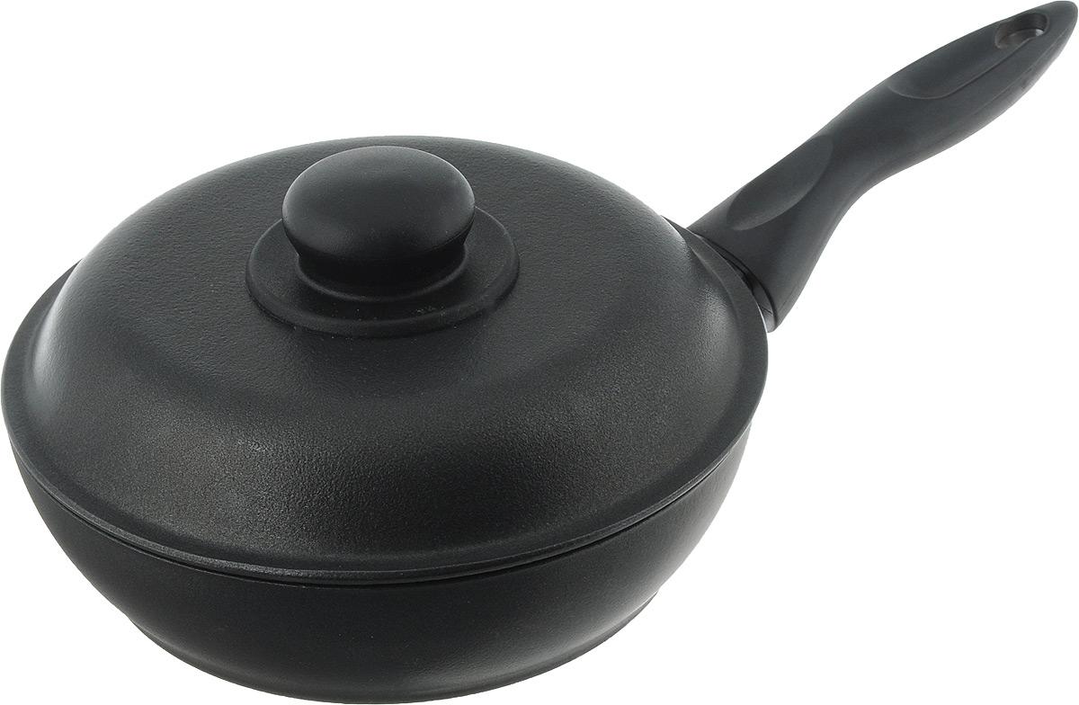 Сковорода Алита Алена с крышкой, с антипригарным покрытием. Диаметр 20 см10201Сковорода Алита Алена изготовлена из литого алюминия с двухсторонним антипригарным покрытием. Благодаря такому покрытию, пища не пригорает и не прилипает к стенкам, готовить можно с минимальным количеством масла и жиров. Гладкая поверхность обеспечивает легкость ухода за посудой. Сковорода оснащена удобной несъемной ручкой и крышкой с пластиковой ручкой. Подходит для использования на всех типах плит, кроме индукционных. При использовании сковороды необходимо использовать деревянные или пластиковые лопатки для сохранения антипригарной поверхности сковороды. Внутренний диаметр сковороды: 20 см. Высота стенки: 5 см. Длина ручки: 15,5 см.