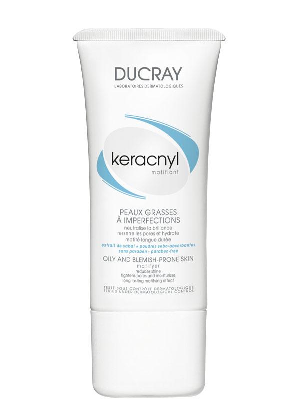 Ducray Матирующая эмульсия Keracnyl 30 млC27194Жирная и проблемная кожа, склонная к акне Матирующая эмульсия Keracnyl (Керакнил) надолго устраняет жирный блеск, сужает поры и увлажняет кожу. Основные компоненты: • комбинация абсорбирующего порошка и экстракта пальмы Сабаль уменьшает выработку кожного сала и оказывает мгновенный матирующий эффект • комплекс гликолевой и салициловой кислоты оказывают деликатный пилинг кожи и очищает поры. • токоферола ацетат защищает кожу от воздействия свободных радикалов и борется с первыми признаками старения. Ваша кожа остается матовой на протяжении дня. Идеально подходит под макияж.