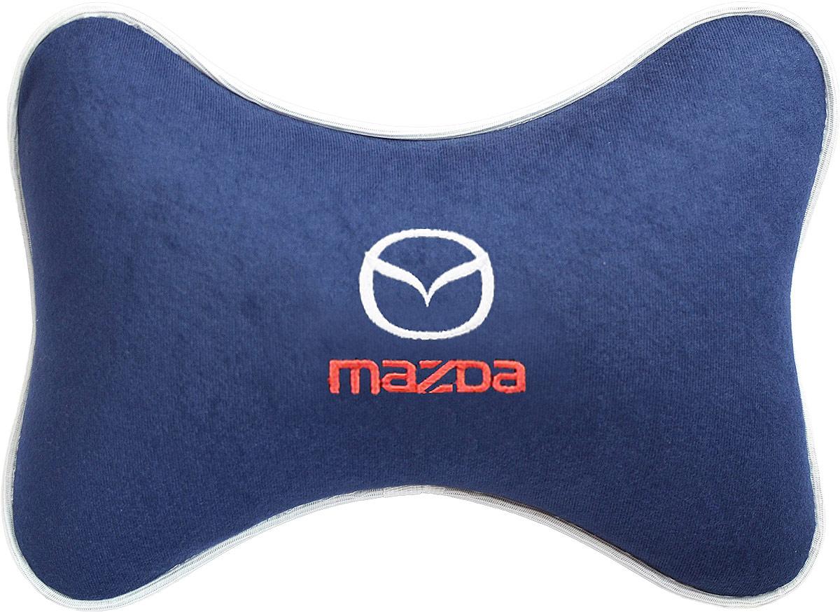 Подушка на подголовник Auto Premium Mazda, цвет: синий. 3748237482Подушка на подголовник - это прежде всего лучший способ создать комфорт для шеи и головы во время пребывания в автомобильном кресле. Большинство штатных подголовников устроены так, что до них попросту не дотянуться. Данный аксессуар полностью решает эту проблему, создавая мягкую ортопедическою поддержку. Подушка крепится к сиденью, а это значит один раз поставил - и забыл. Меньше утомляемость - а следовательно выше внимание и концентрация на дороге. Одинакова удобна для пассажира и водителя. Подушка выполнена из велюра.