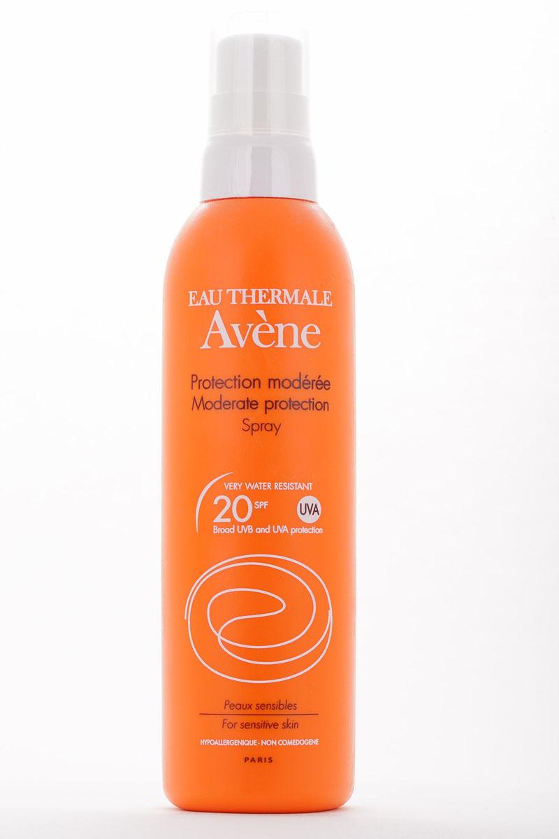 Aven Солнцезащитный спрей SPF20, 200 млC04267Рекомендовано после использования основных индексов, при умеренной инсоляции, при первом солнечном воздействии на смуглую кожу.