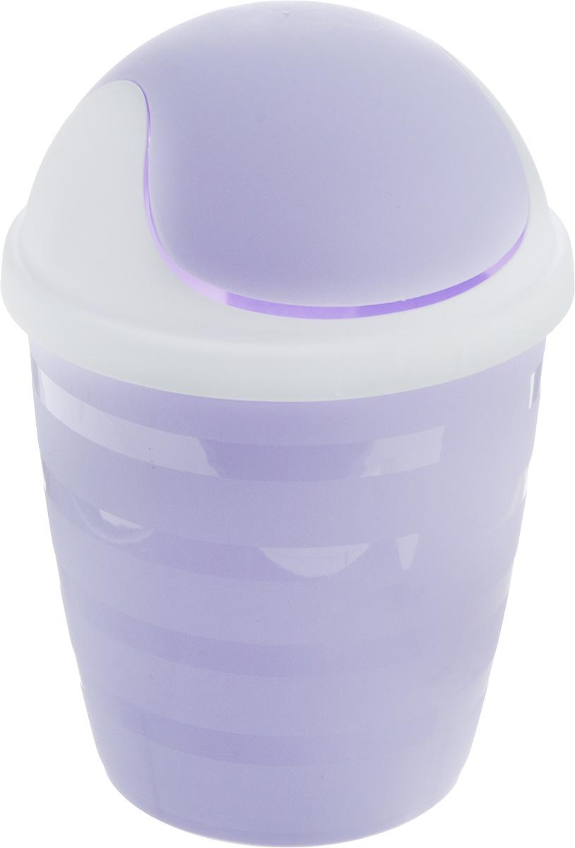 Контейнер для мусора BranQ Beauty, цвет: лавандовый, белый, 1,5 лBQ1201ЛВДКомпактный контейнер для мусора BranQ Beauty разработан для поддержания чистоты в ванной комнате или на туалетном столике. Изделие оснащено поворотной крышкой-маятником, которая легко открывается простым нажатием руки, и сама возвращается в стандартное положение. Скрытные борта в корпусе ведра для аккуратного использования одноразовых пакетов и сохранения эстетики изделия. Для удобства извлечения накопившегося в ведре мусора его верхняя часть сделана съёмной. Высокое качество используемого материала гарантирует долгий срок эксплуатации. Размер контейнера: 14 х 14 х 21 см.