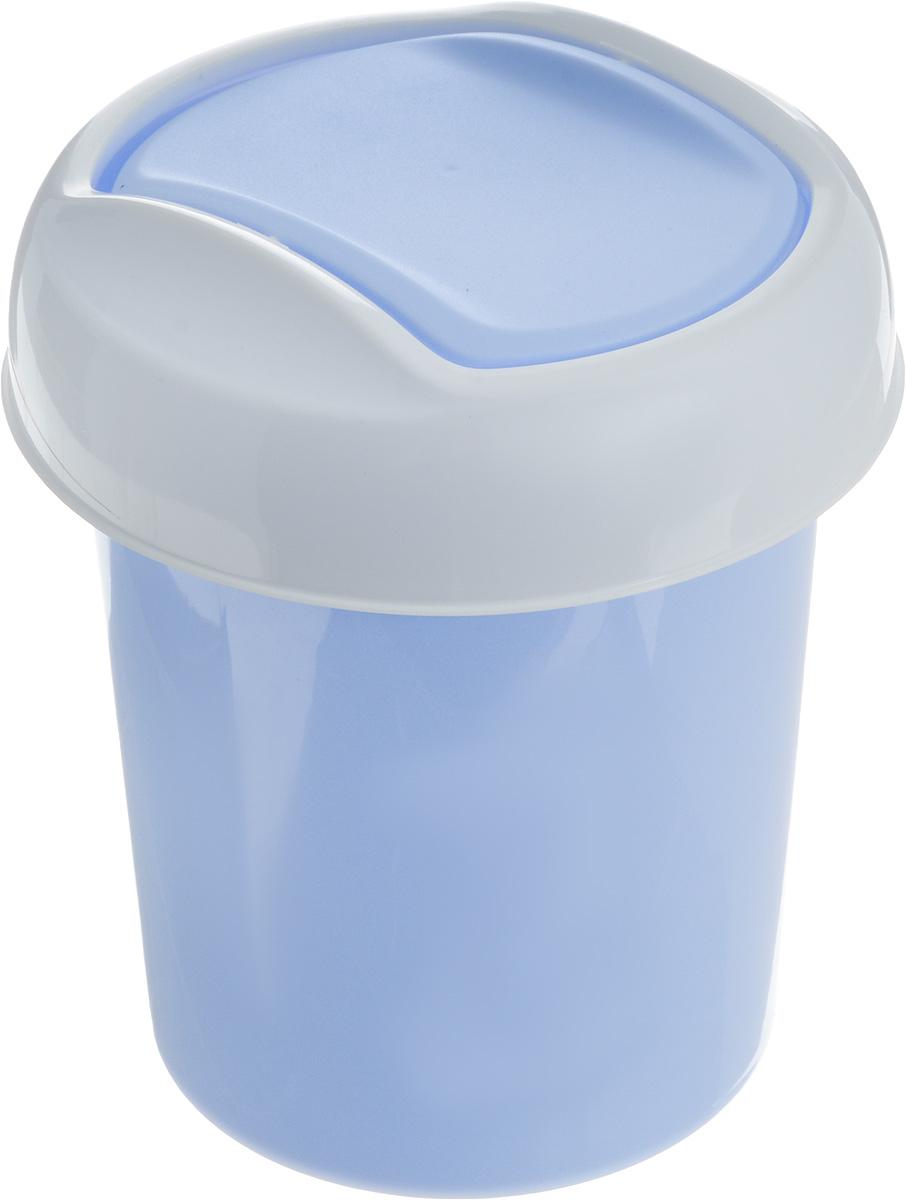 Контейнер для мусора Svip Ориджинал, цвет: голубой, белый, 1 лSV4048ГЛПМиниатюрный контейнер для мусора Svip Ориджинал разработан для поддержания чистоты в ванной комнате, на рабочем и кухонном столах. Изделие оснащено поворотной крышкой-маятником, которая легко открывается простым нажатием руки, и сама возвращается в стандартное положение. Скрытные борта в корпусе ведра для аккуратного использования одноразовых пакетов и сохранения эстетики изделия. Для удобства извлечения накопившегося в ведре мусора его верхняя часть сделана съёмной. Высокое качество используемого материала гарантирует долгий срок эксплуатации. Размер контейнера: 13,5 х 13,5 х 15,5 см.