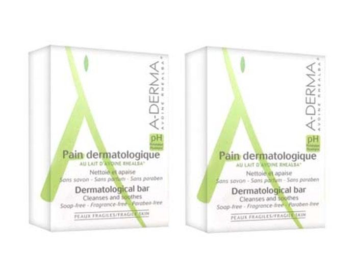 A-Derma Набор Дермокосметическое мыло, 100 гр, 2 штC72192Мягкая формула мыла очищает, оставляя кожу увлажненной. Физиологический pH, адаптированный к потребностям хрупкой кожи, не нарушает естественный баланс и гидролипидную пленку кожи. Успокаивает и смягчает. Идеально подходит для всей семьи. «Мыло без мыла» для идеального бережного ухода. Относится к инновационном очищающим средствам - синтетический детергент (мыло без ПАВов с физиологическим ph).