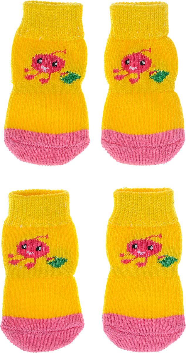 Носки для собак Каскад, цвет: желтый, розовый, 4 шт. Размер M28000148_желтый, розовыйНоски Каскад предназначены для собак. Изделия выполнены из прочной ткани. Носки снабжены прорезиненной подошвой для того, что бы ваш питомец мог без проблем бегать по скользкой поверхности. Носки имеют удобную резинку, которая будет плотно прилегать к ноге питомца. Носки будут служить защитой лап от истирания о твердое покрытие и предохранять лапу после травмы. Конструкция носка анатомически повторяет строение лапы. Размер носка: 3 х 7 см. Количество: 4 шт.